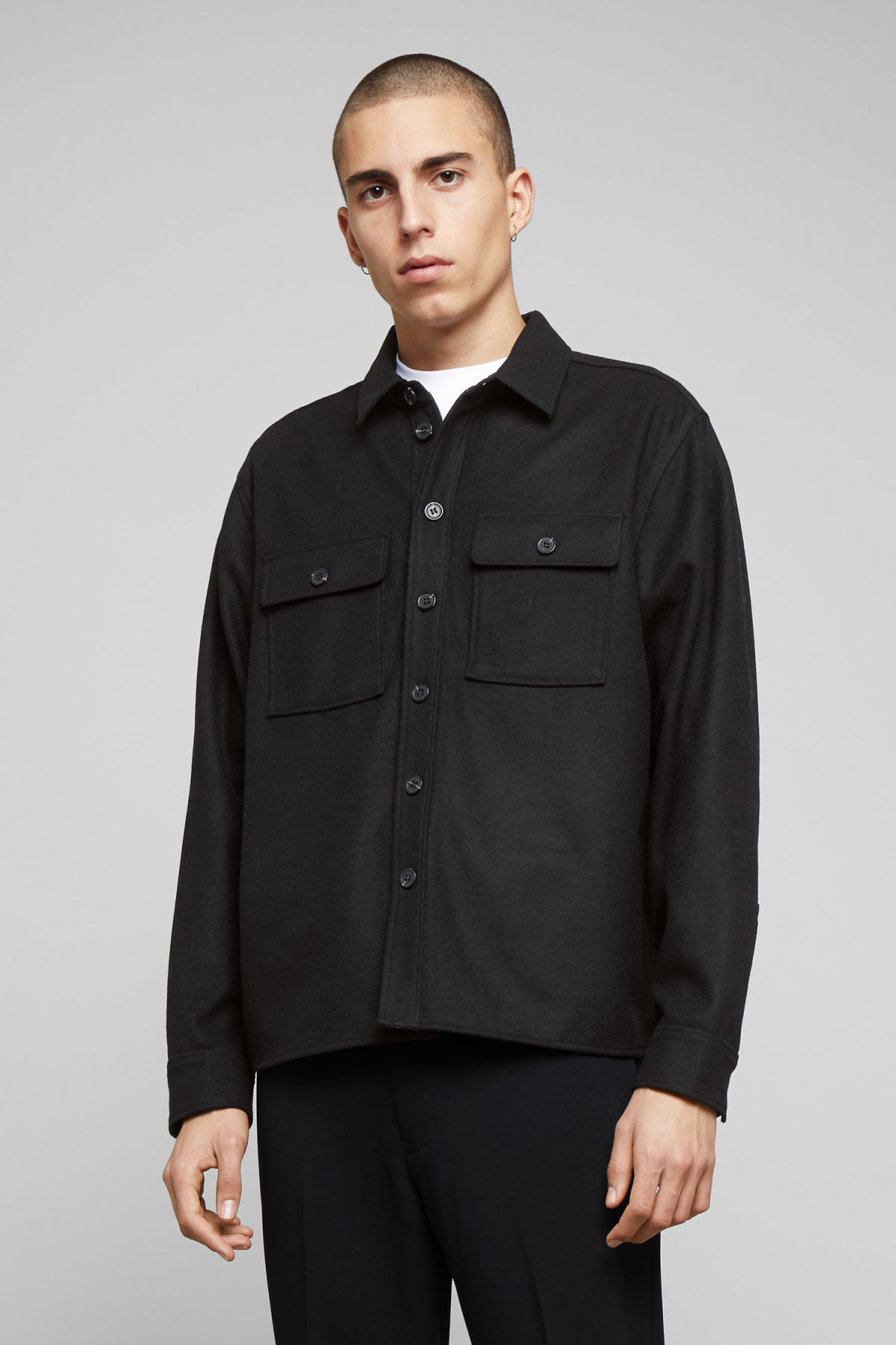 Model front image of Weekday skipper shirt in black