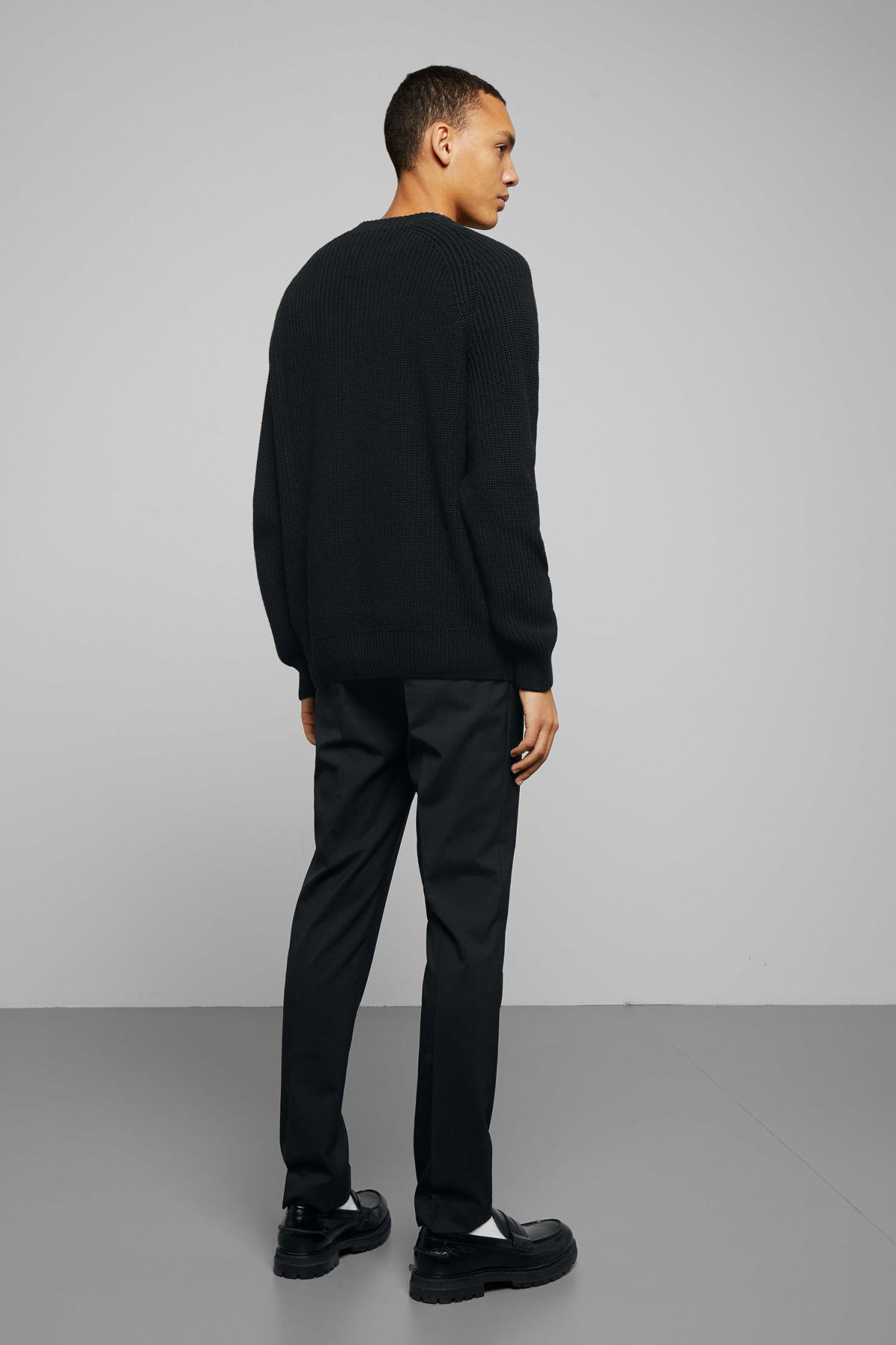 Model back image of Weekday sterling sweater in black
