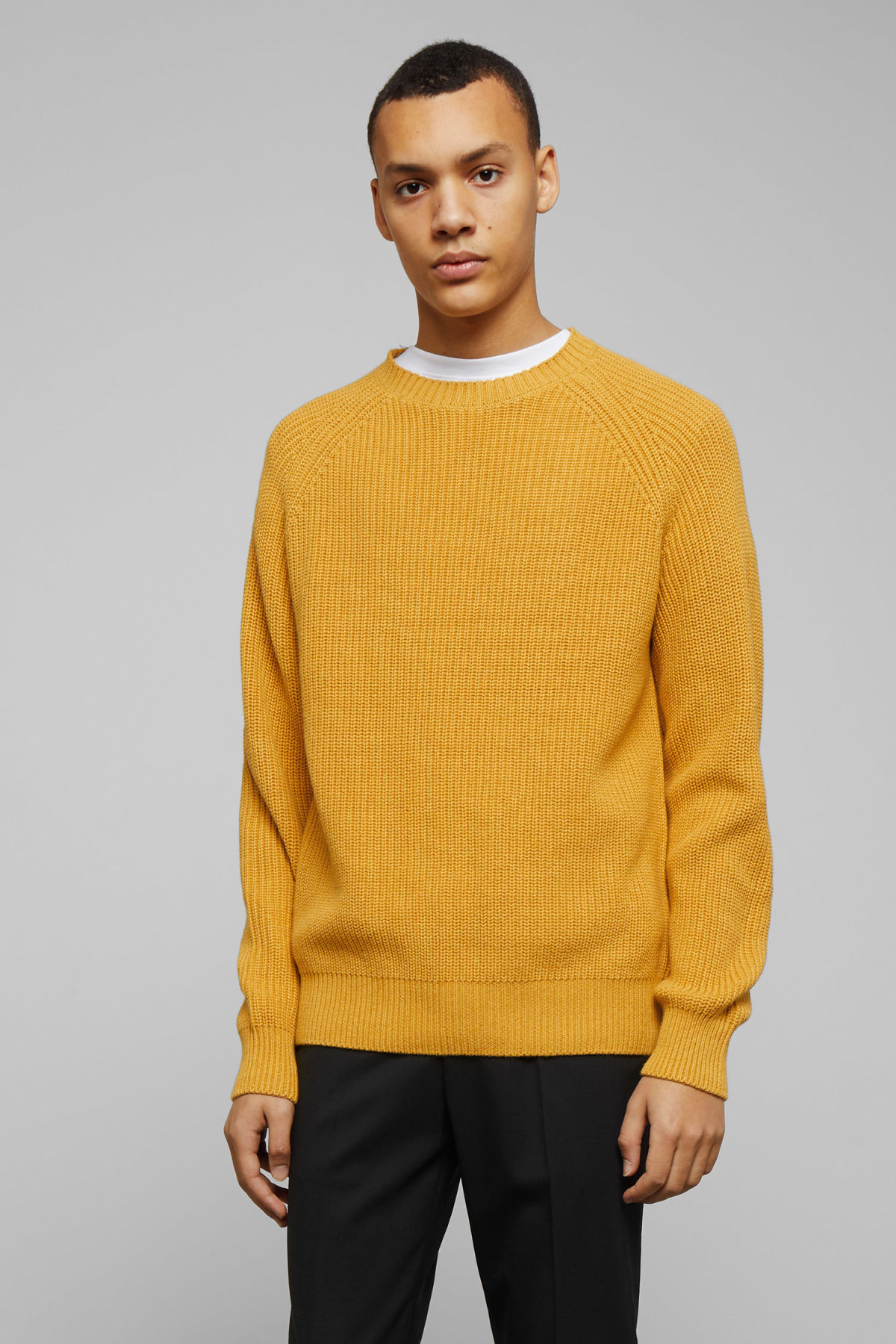 Model front image of Weekday sterling sweater in yellow