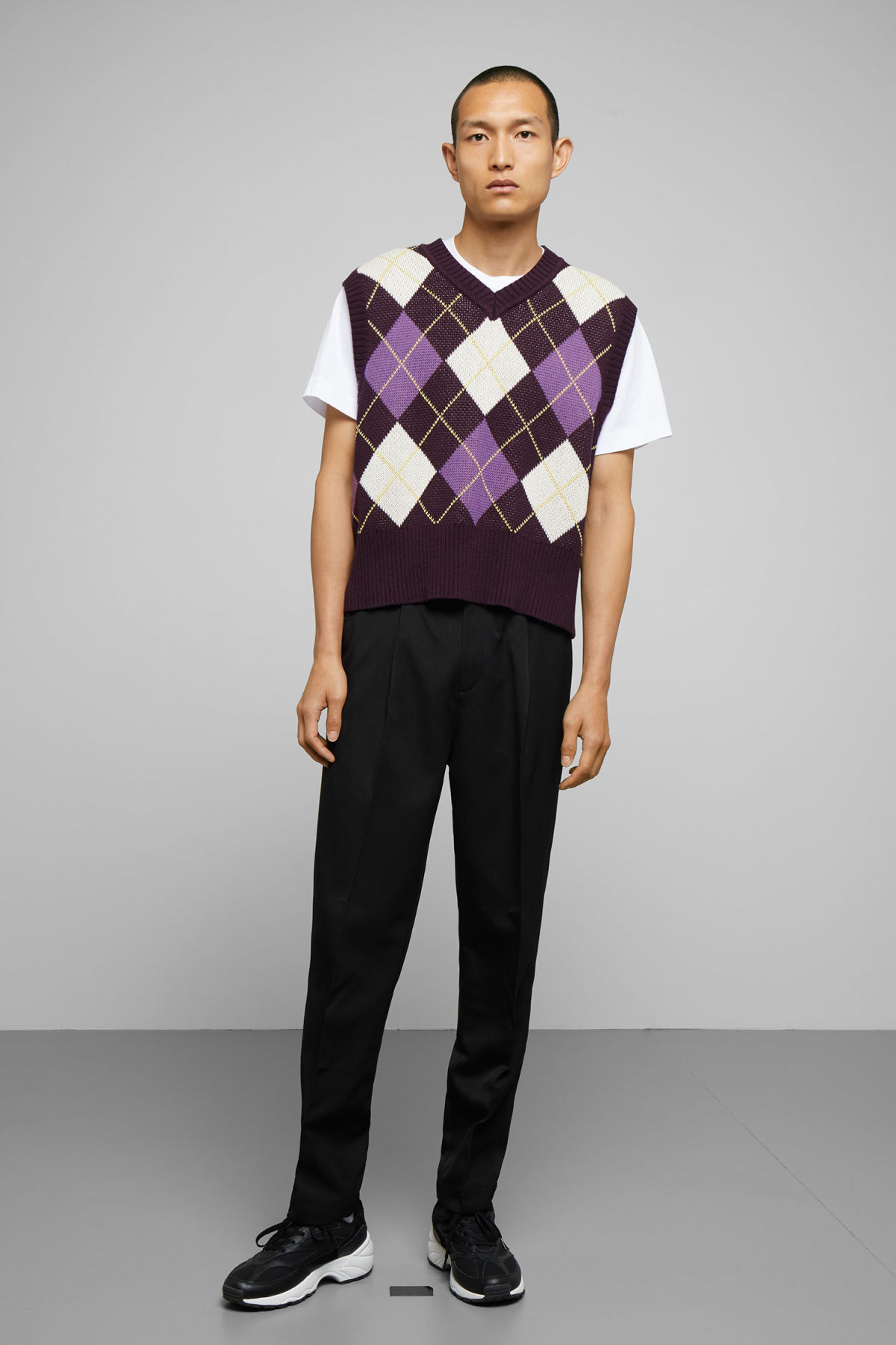 Model side image of Weekday ayo checked vest in purple