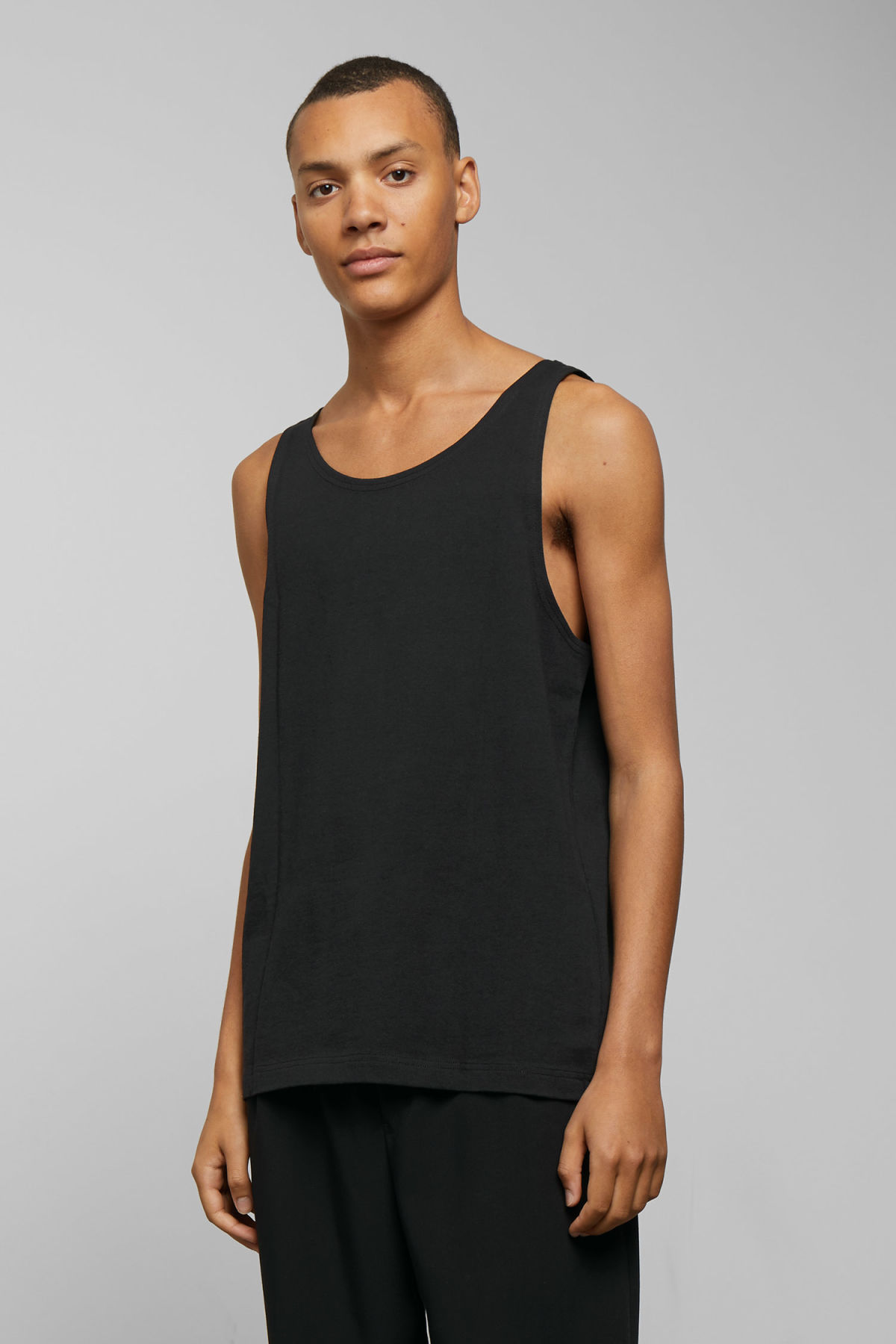 Model front image of Weekday dean tank top in black