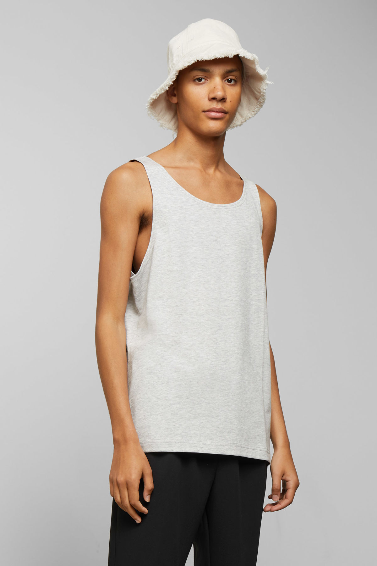 Model front image of Weekday dean tank top in grey