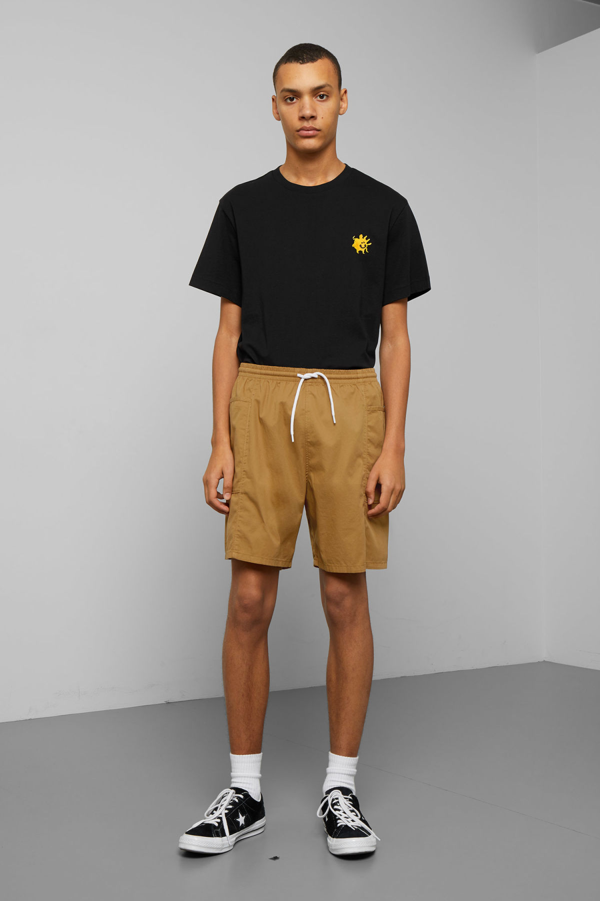 Model front image of Weekday adam shorts in yellow