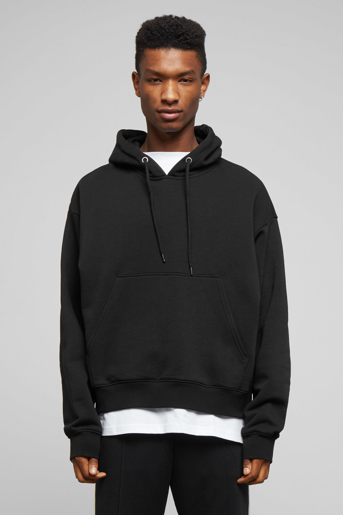 Model front image of Weekday bird hoodie in black