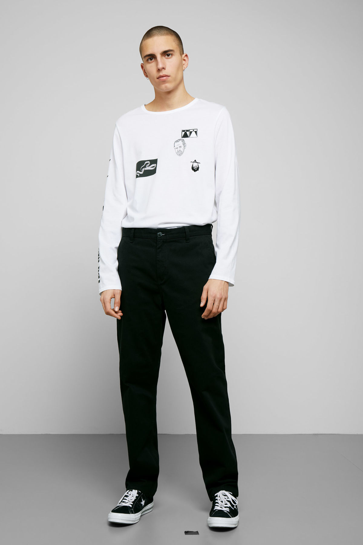 Model front image of Weekday harold chinos in black