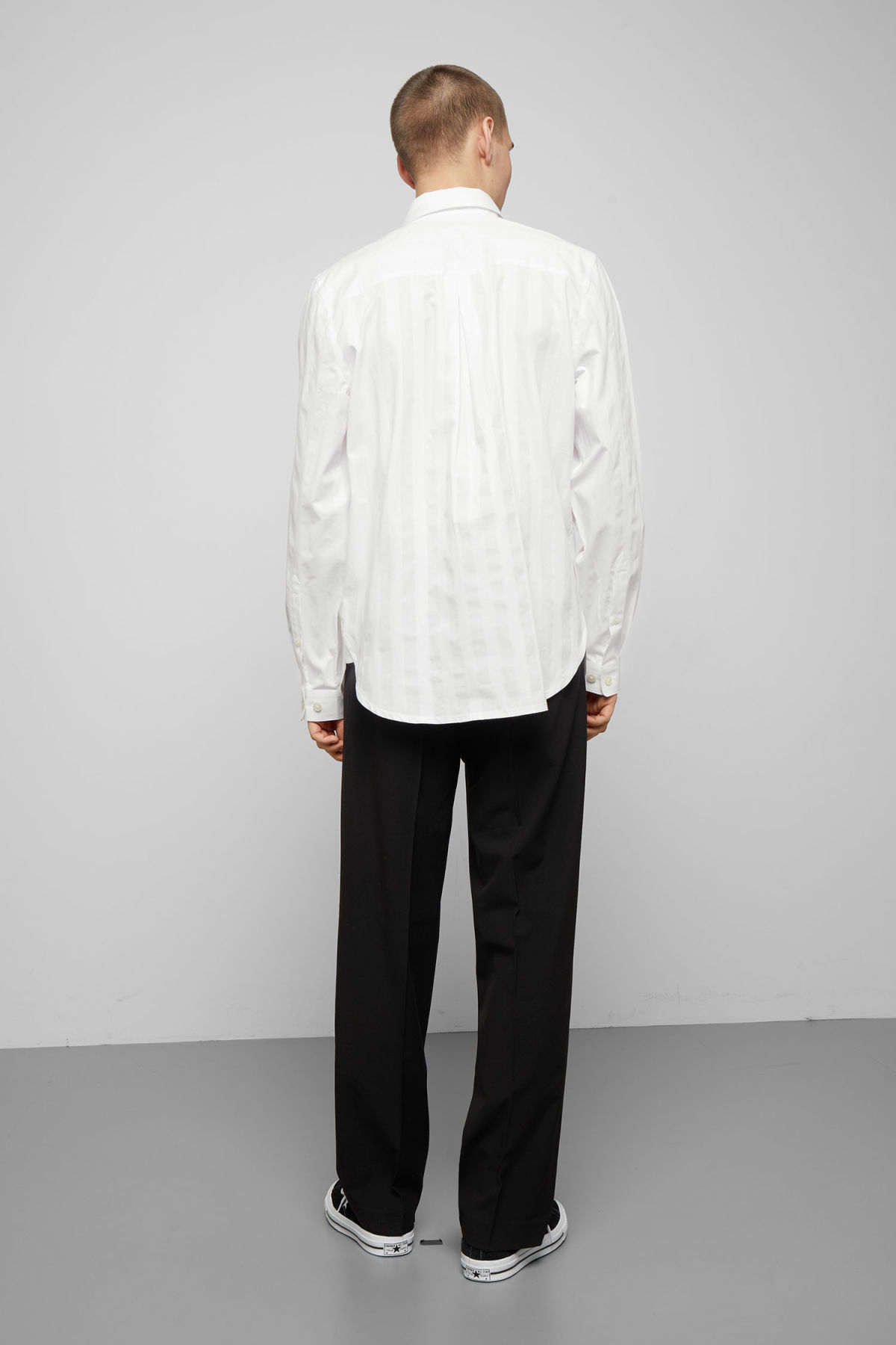 Model back image of Weekday miguel shirt in white