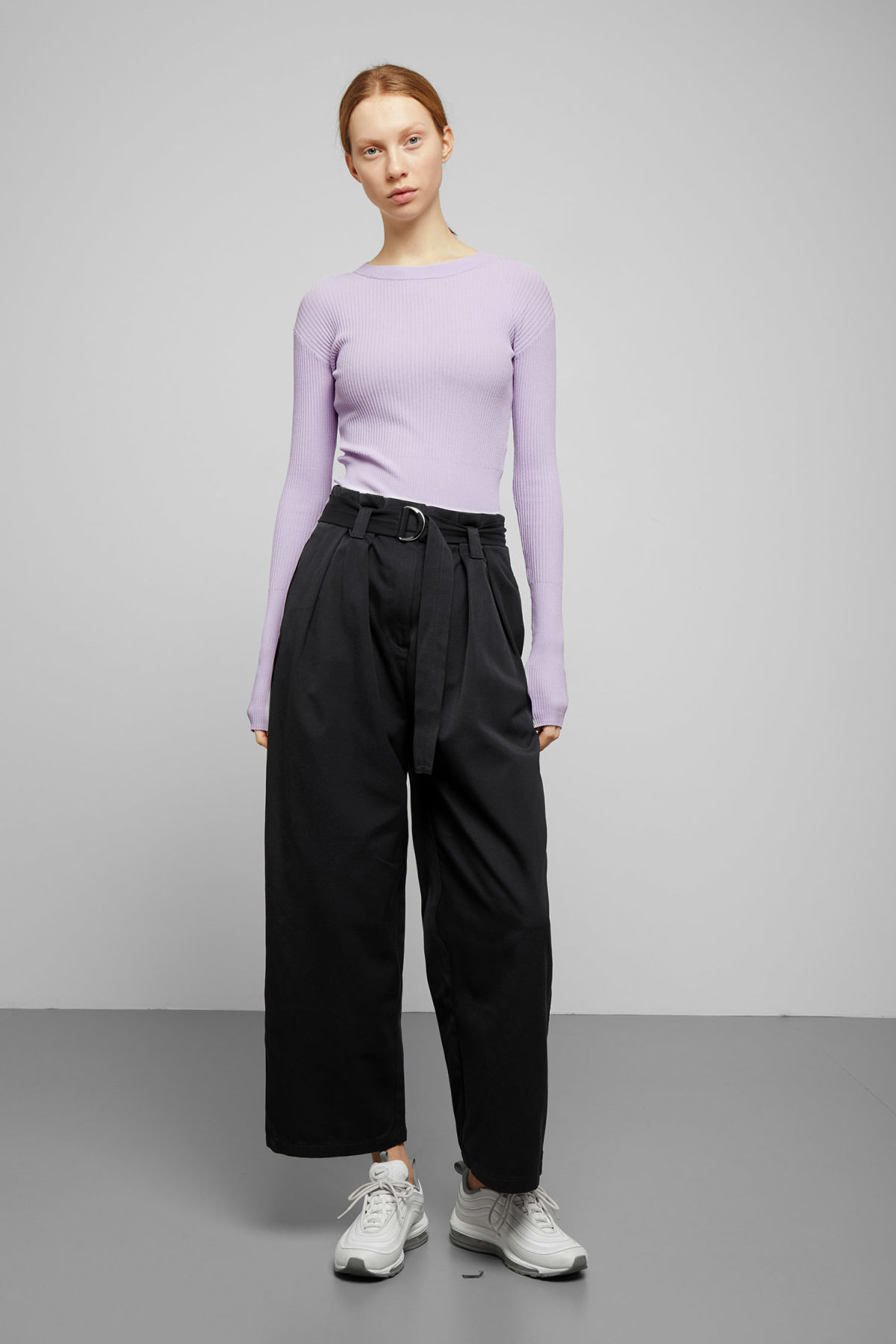 Model front image of Weekday age trousers in blue