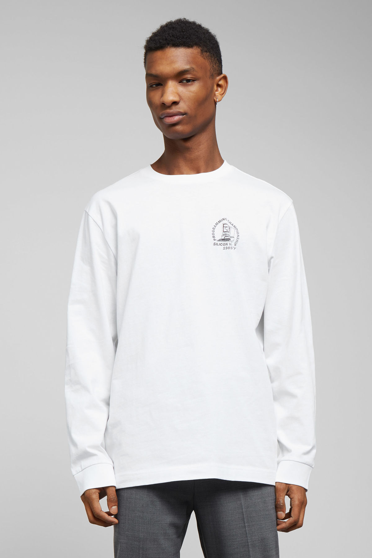 Model front image of Weekday carlos programming long sleeve in white