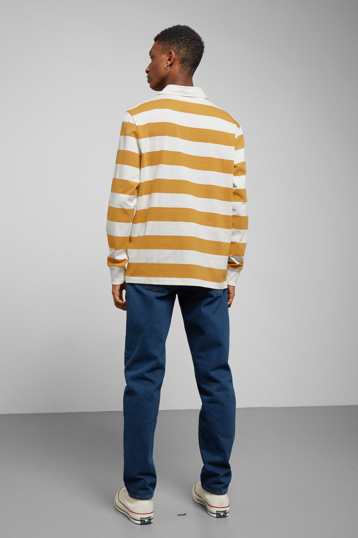 Model back image of Weekday elmer striped polo in yellow