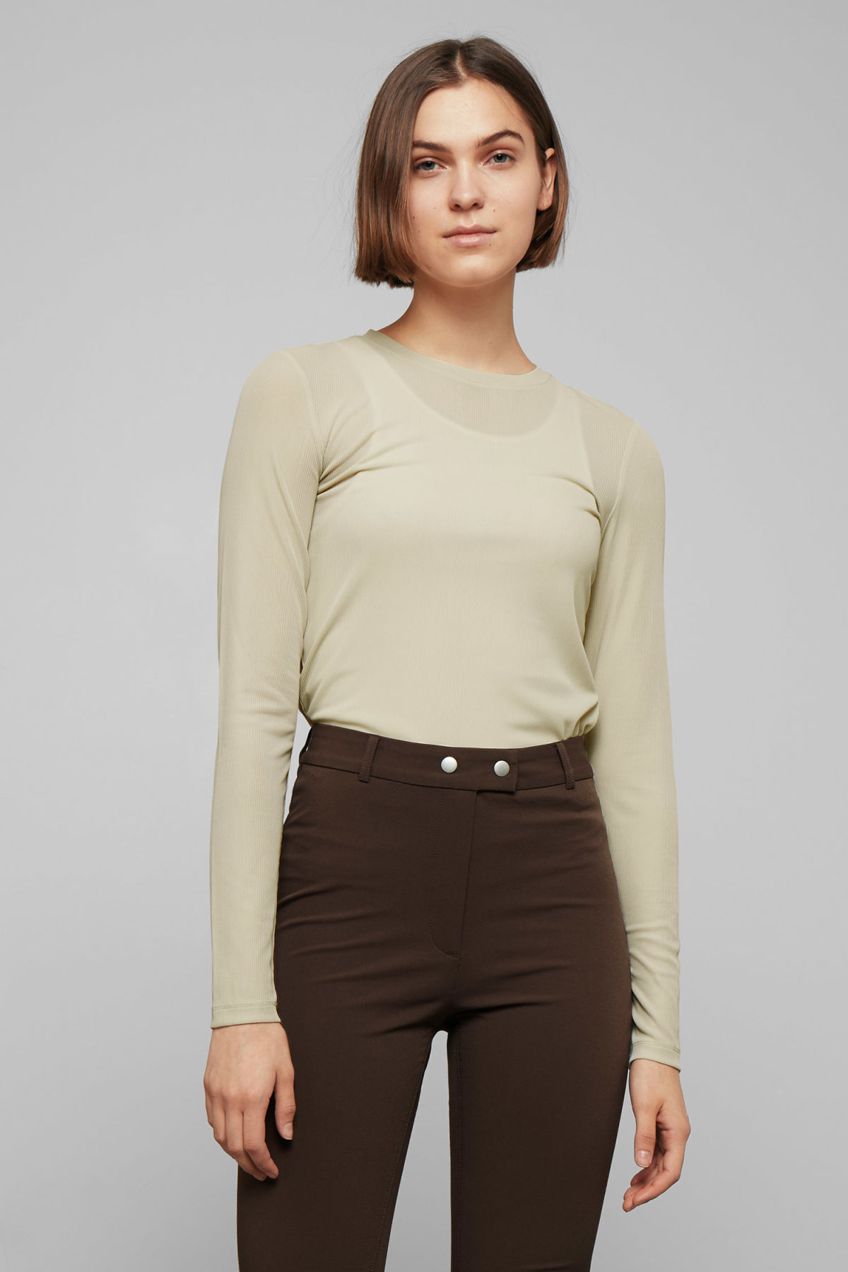 Model front image of Weekday allyson long sleeve in beige