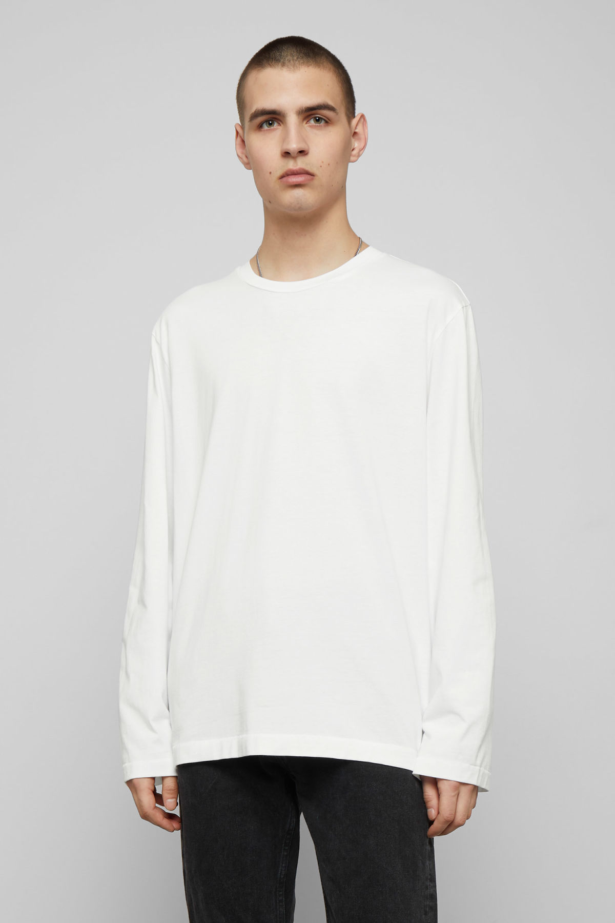Model front image of Weekday chem long sleeve in white