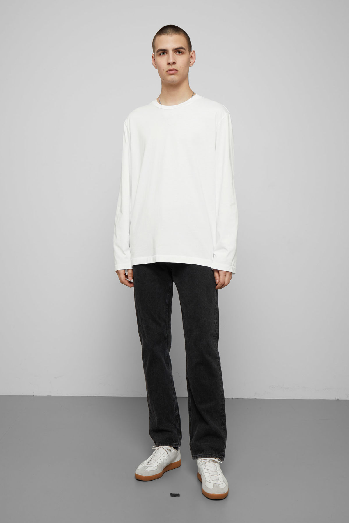 Model side image of Weekday chem long sleeve in white