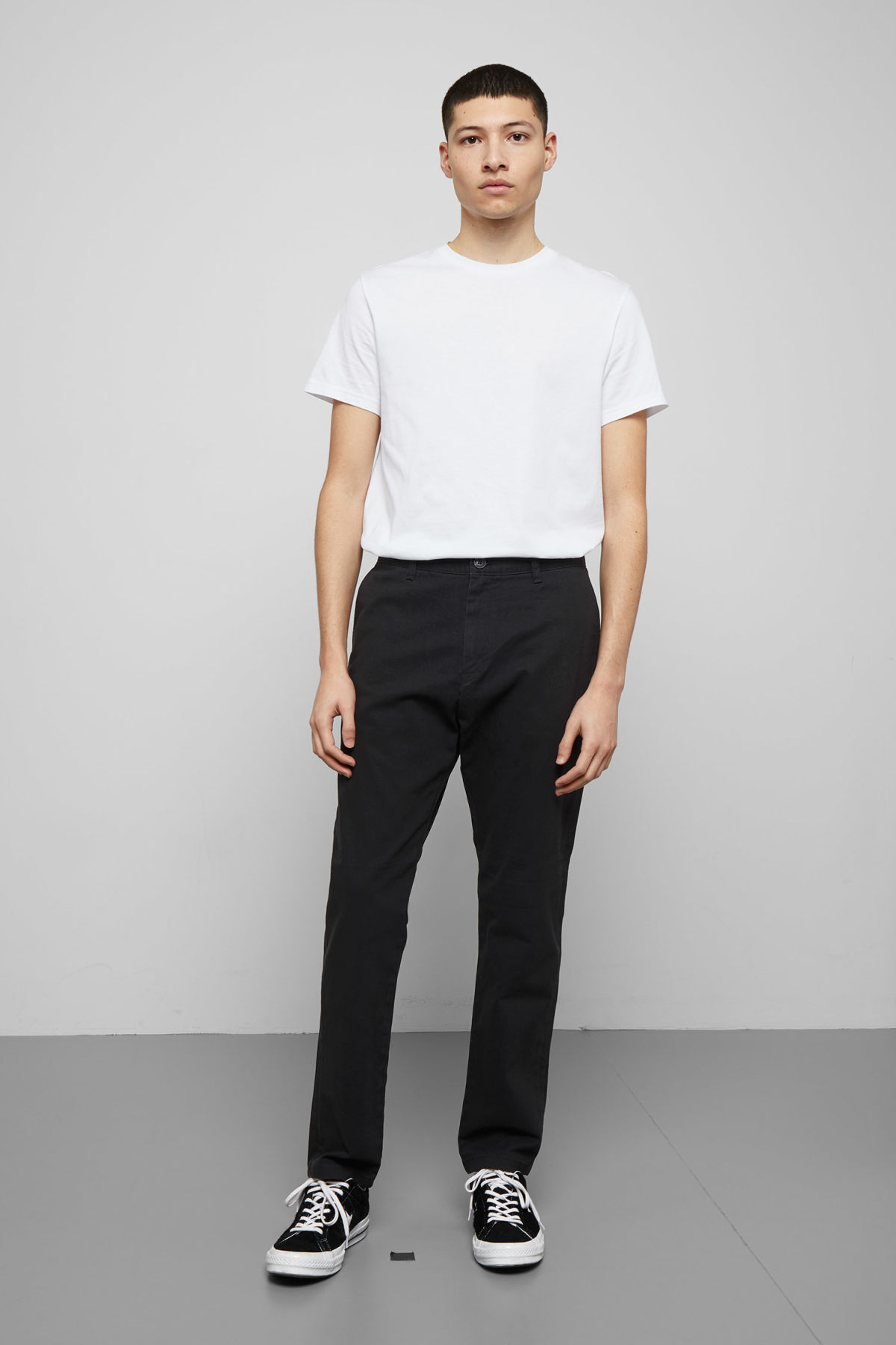Model front image of Weekday kaj chinos in black