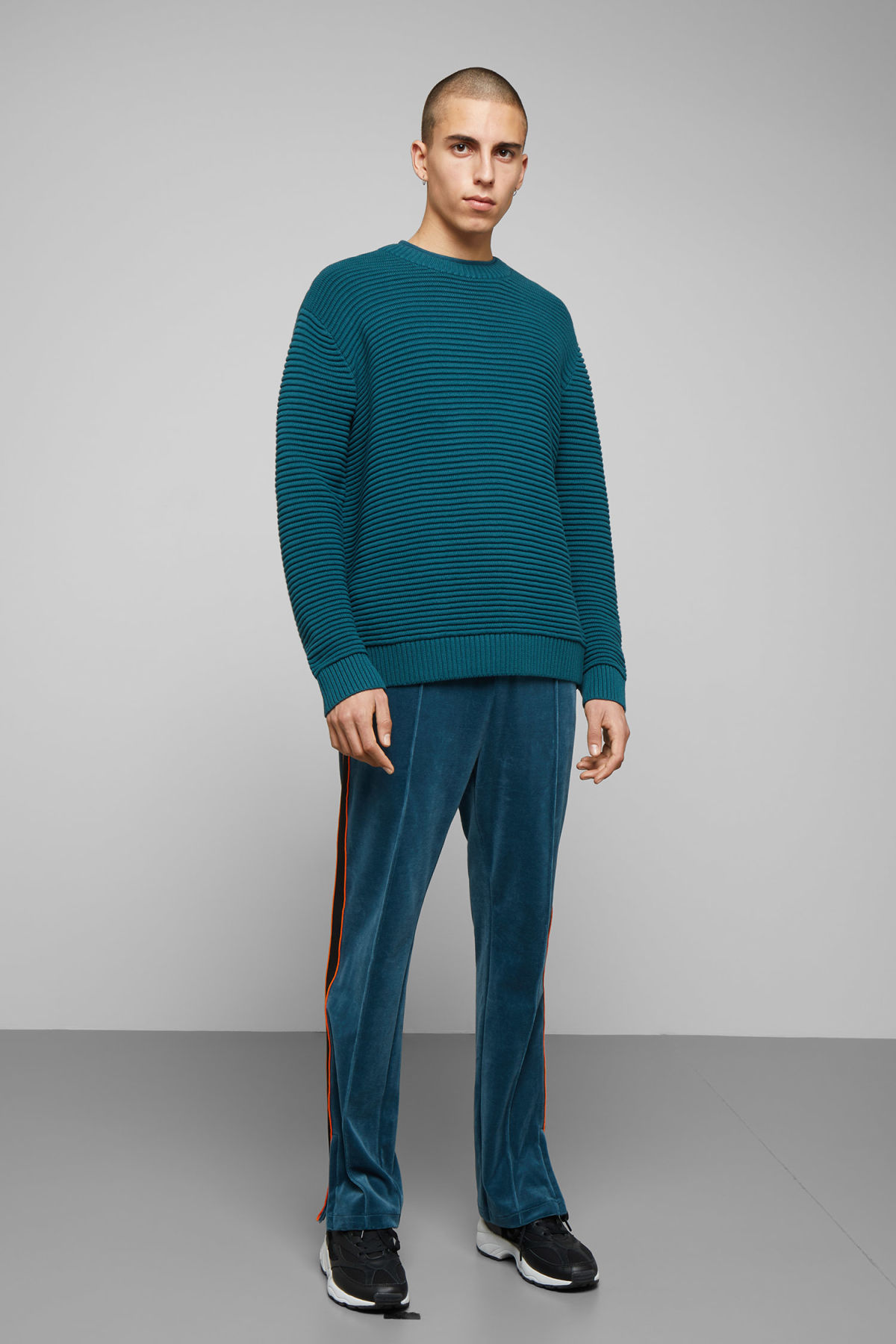 Model side image of Weekday smyth waffle sweater  in turquoise