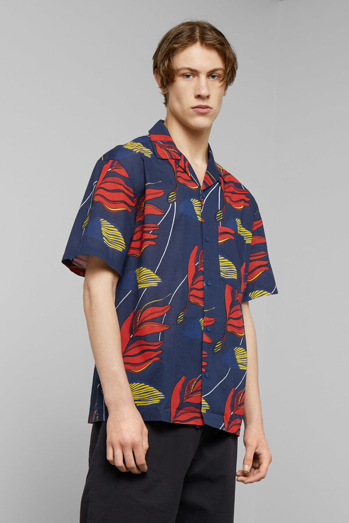 Model front image of Weekday skyway honolulu short sleeve shirt in blue