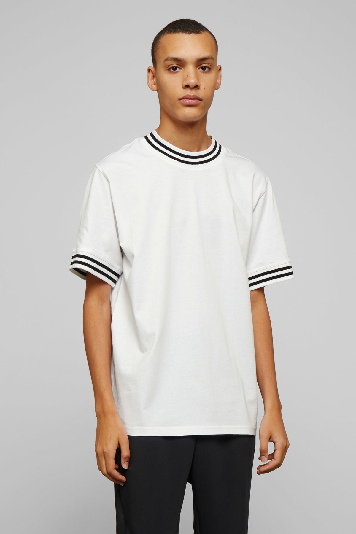 Model front image of Weekday mark t-shirt in white