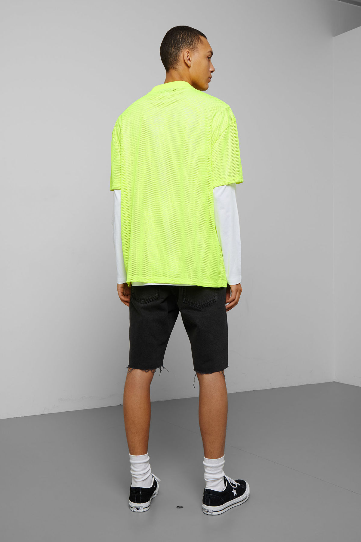 Model back image of Weekday great mesh t-shirt in yellow