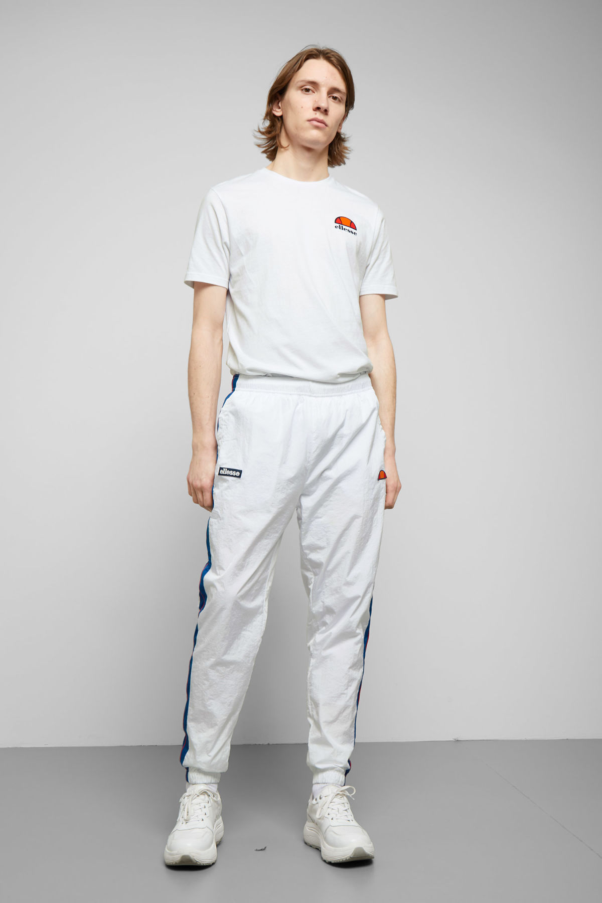 Model front image of Weekday piecero pants in white