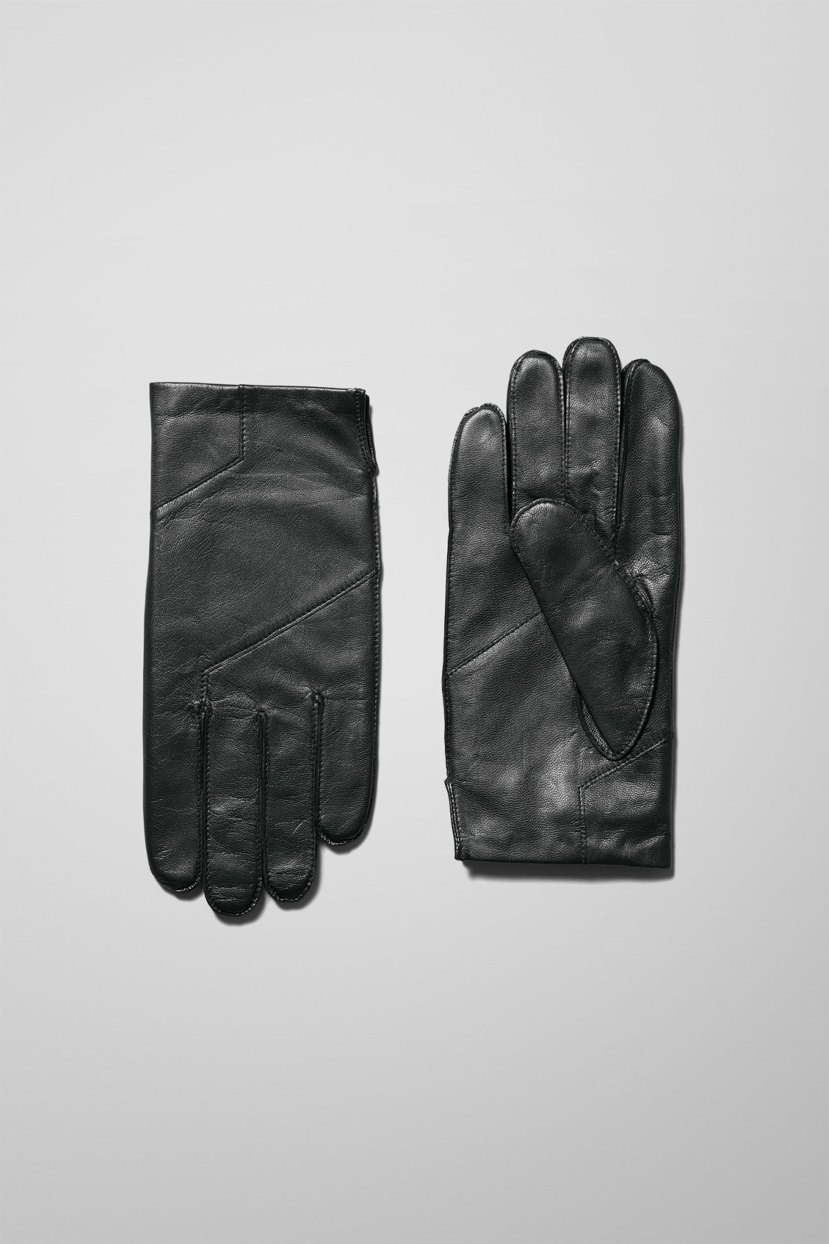 Front image of Weekday end leather gloves in black