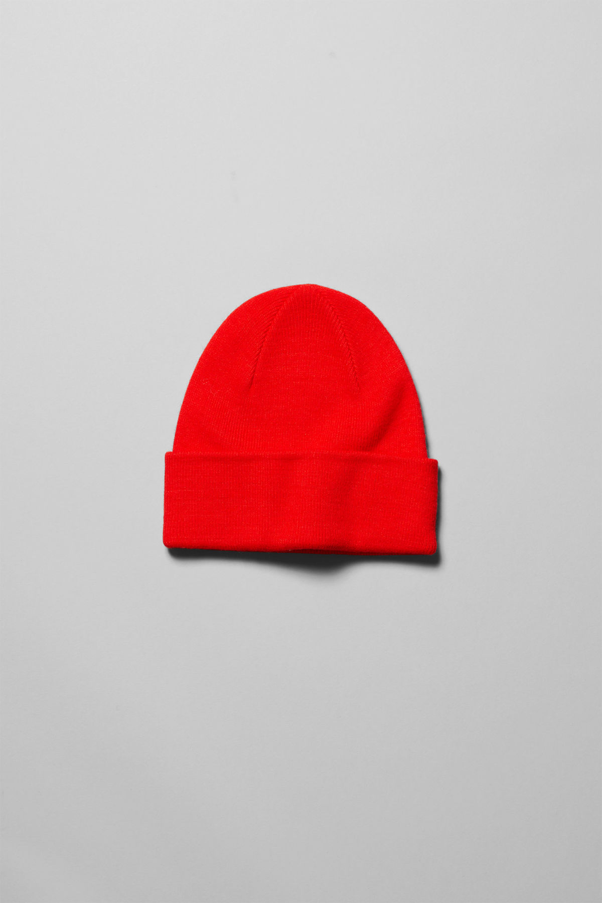 Front image of Weekday hero knit beanie in red