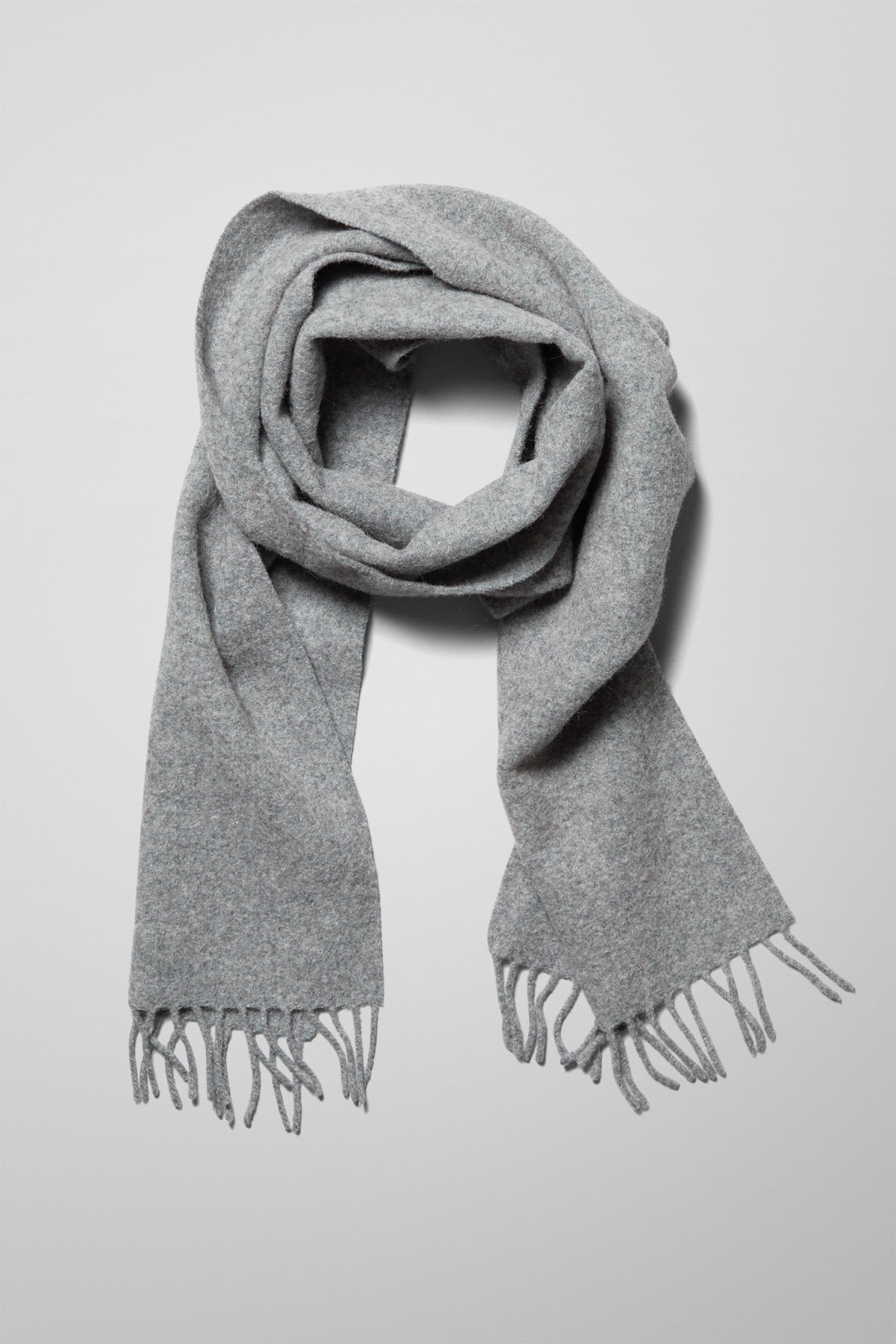 Side image of Weekday orbit scarf in grey