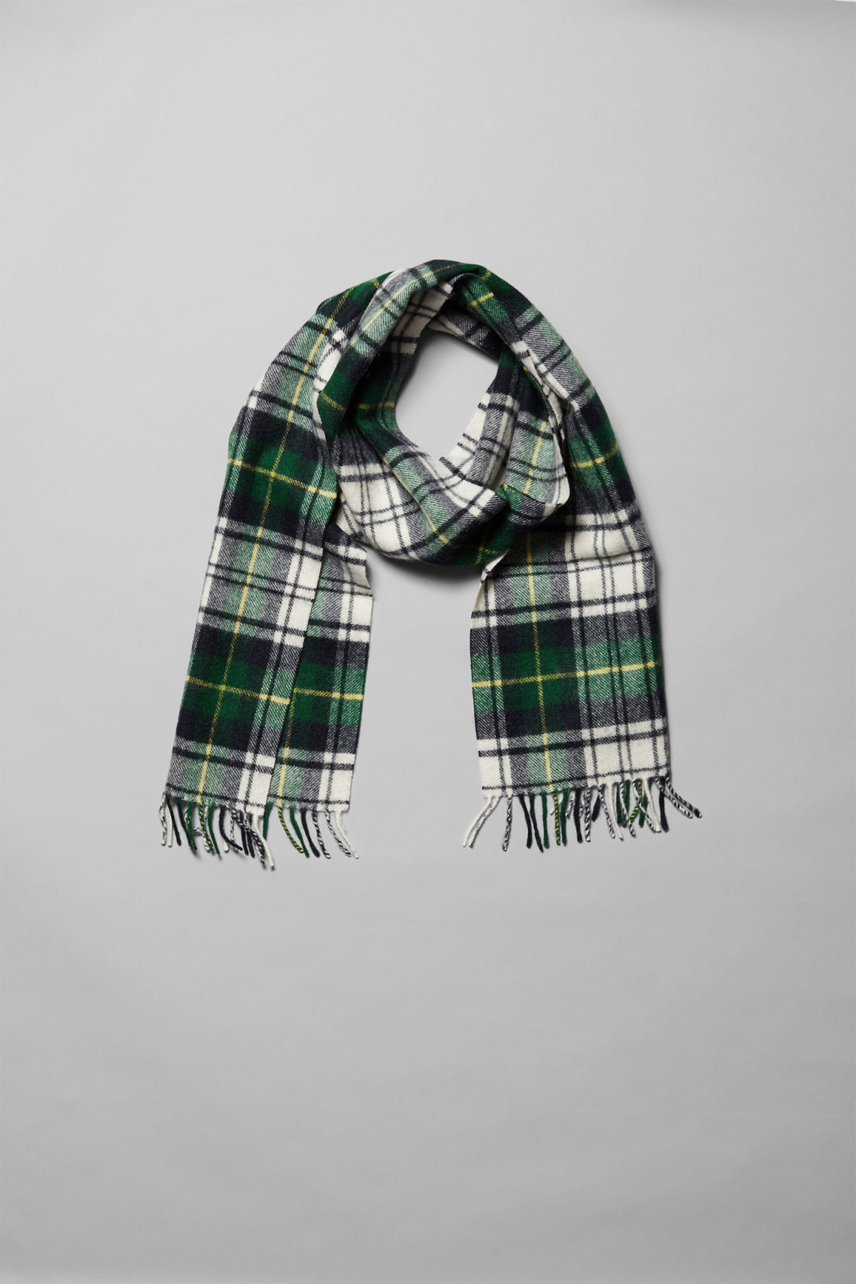 Side image of Weekday orbit scarf in green
