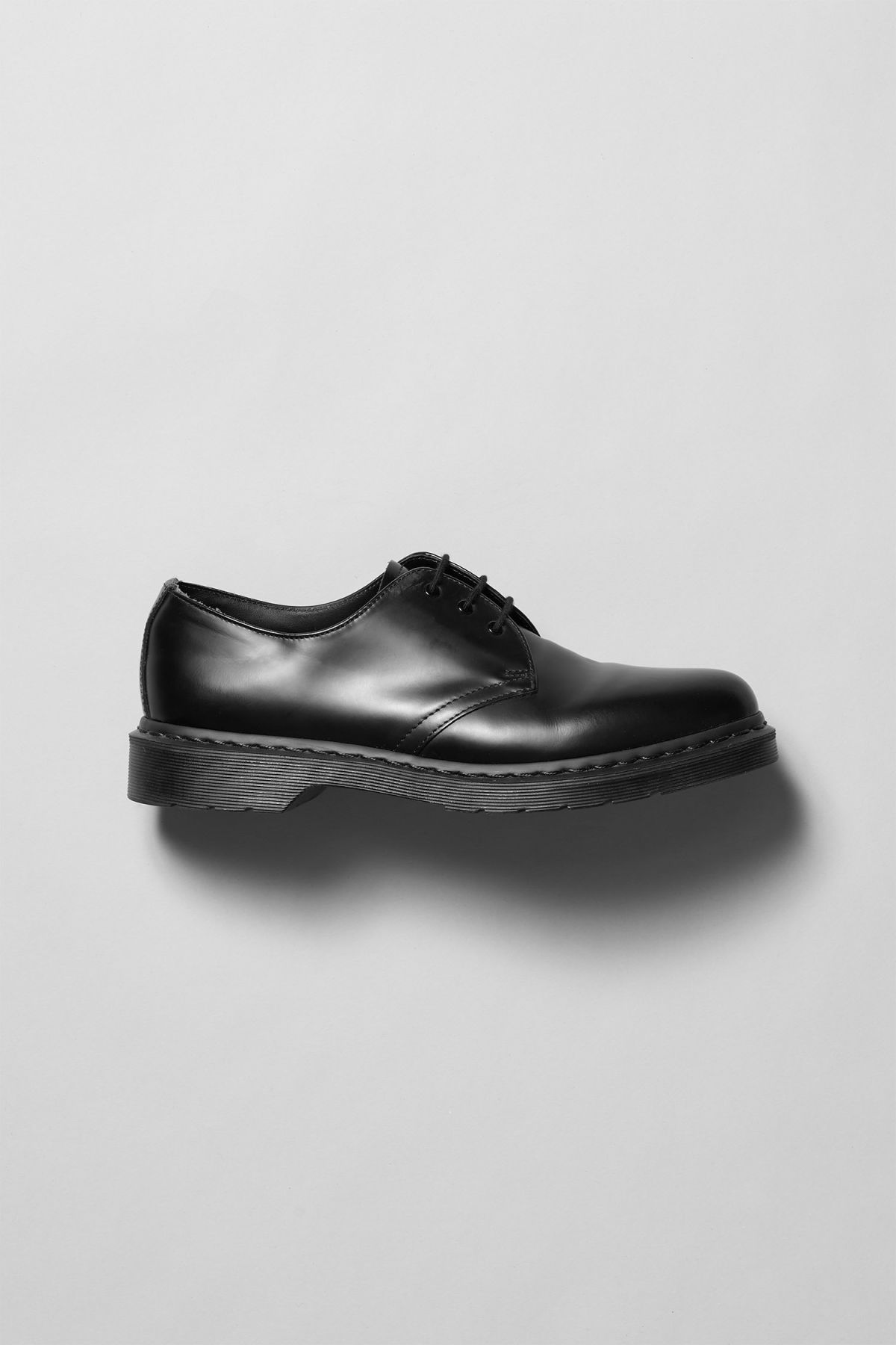 Front image of Weekday dr mono low in black