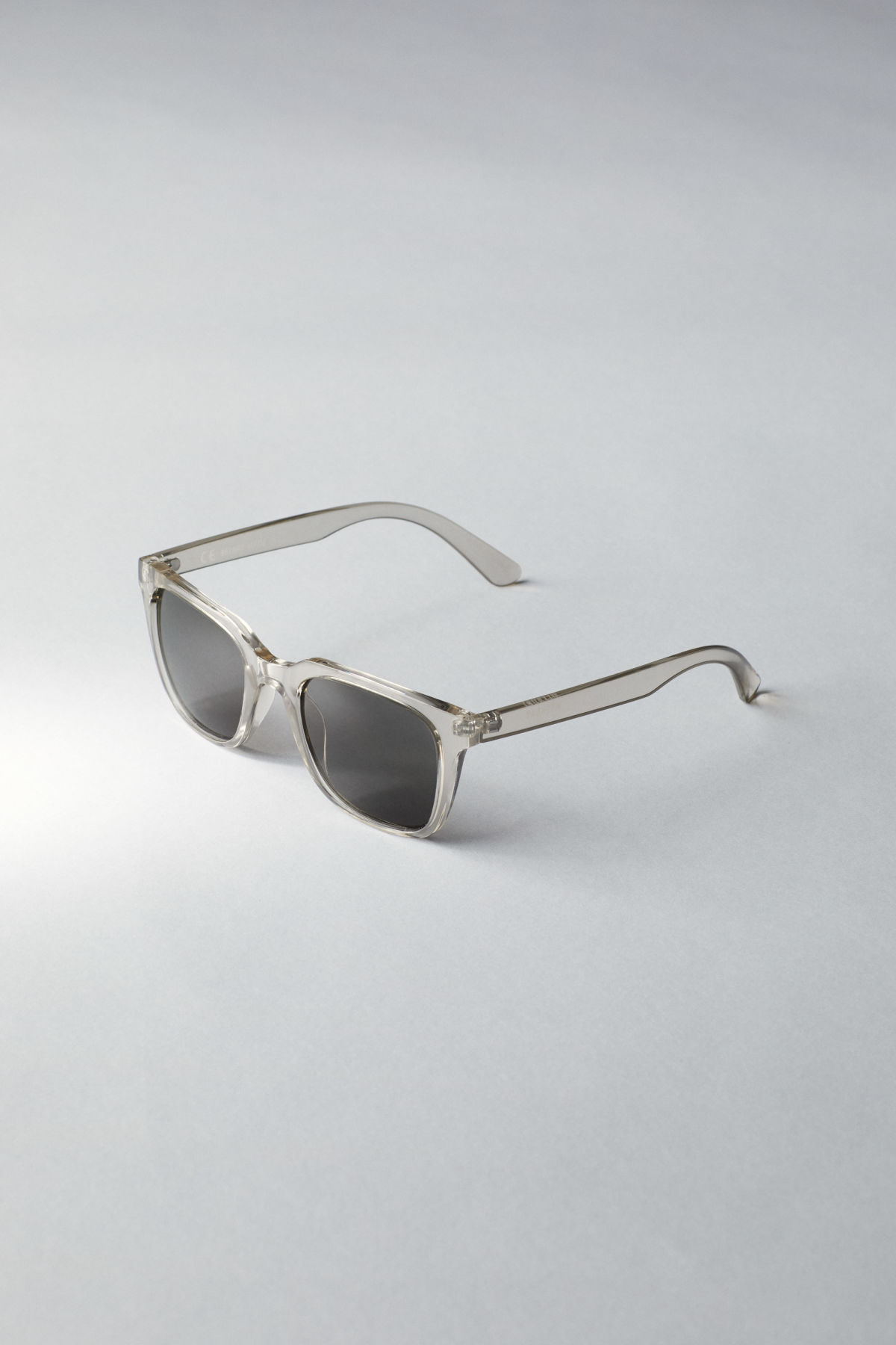 Back image of Weekday gate squared sunglasses in white
