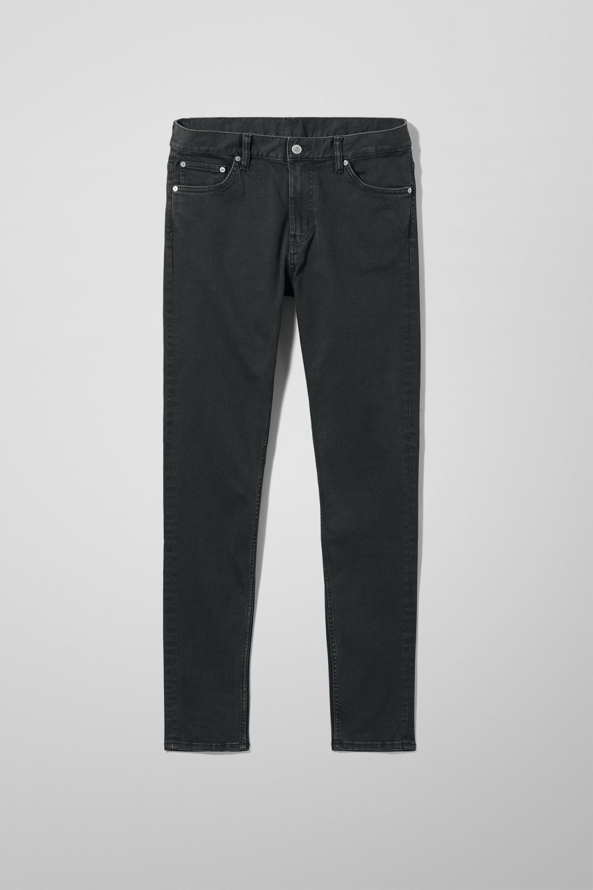Front image of Weekday form tuned black jeans in black