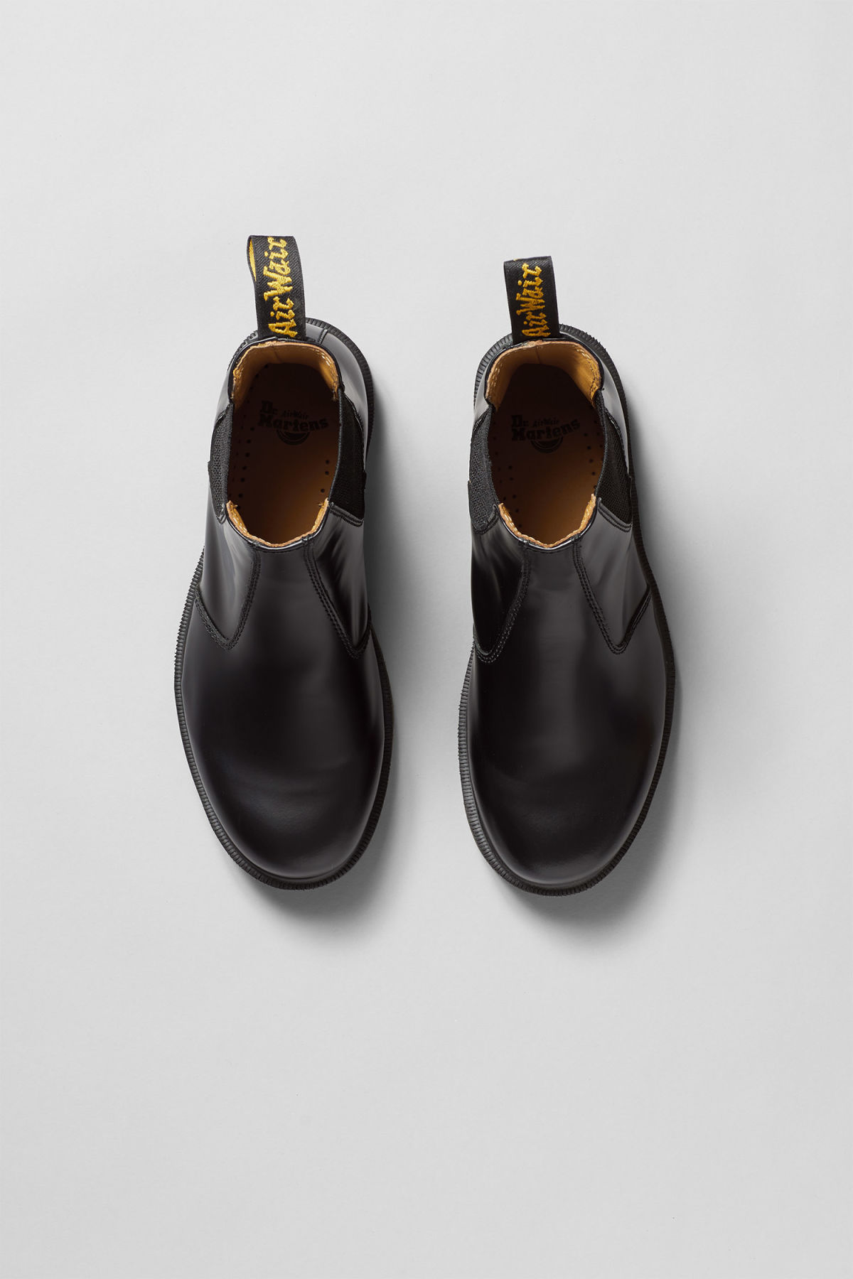 Back image of Weekday dr chelsea boot in black