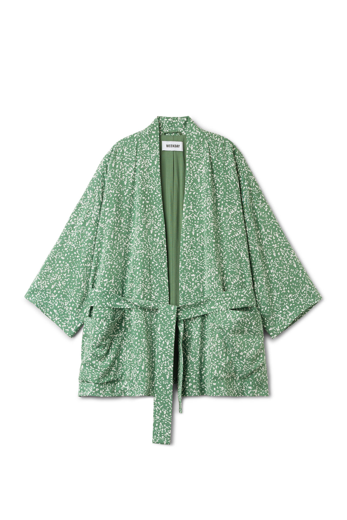 Front image of Weekday octave kimono in green