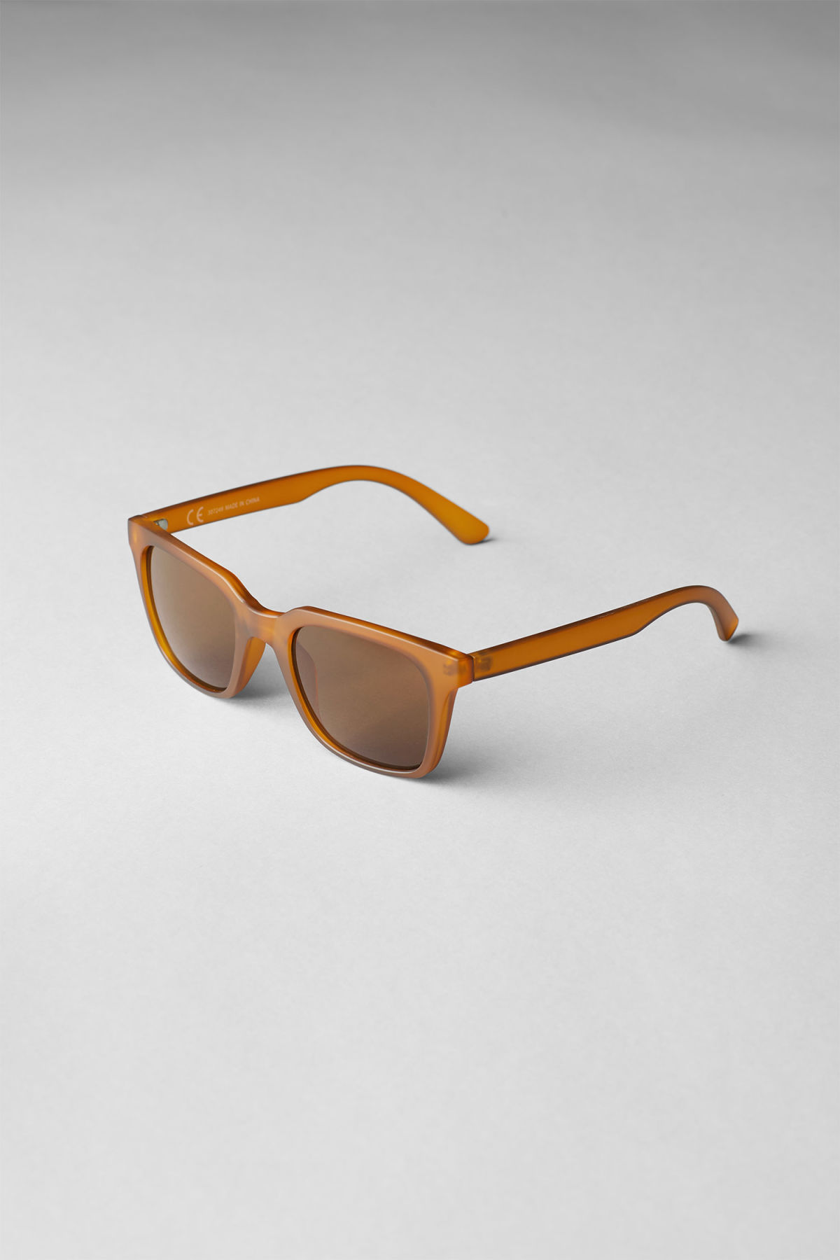 Back image of Weekday gate squared sunglasses in yellow