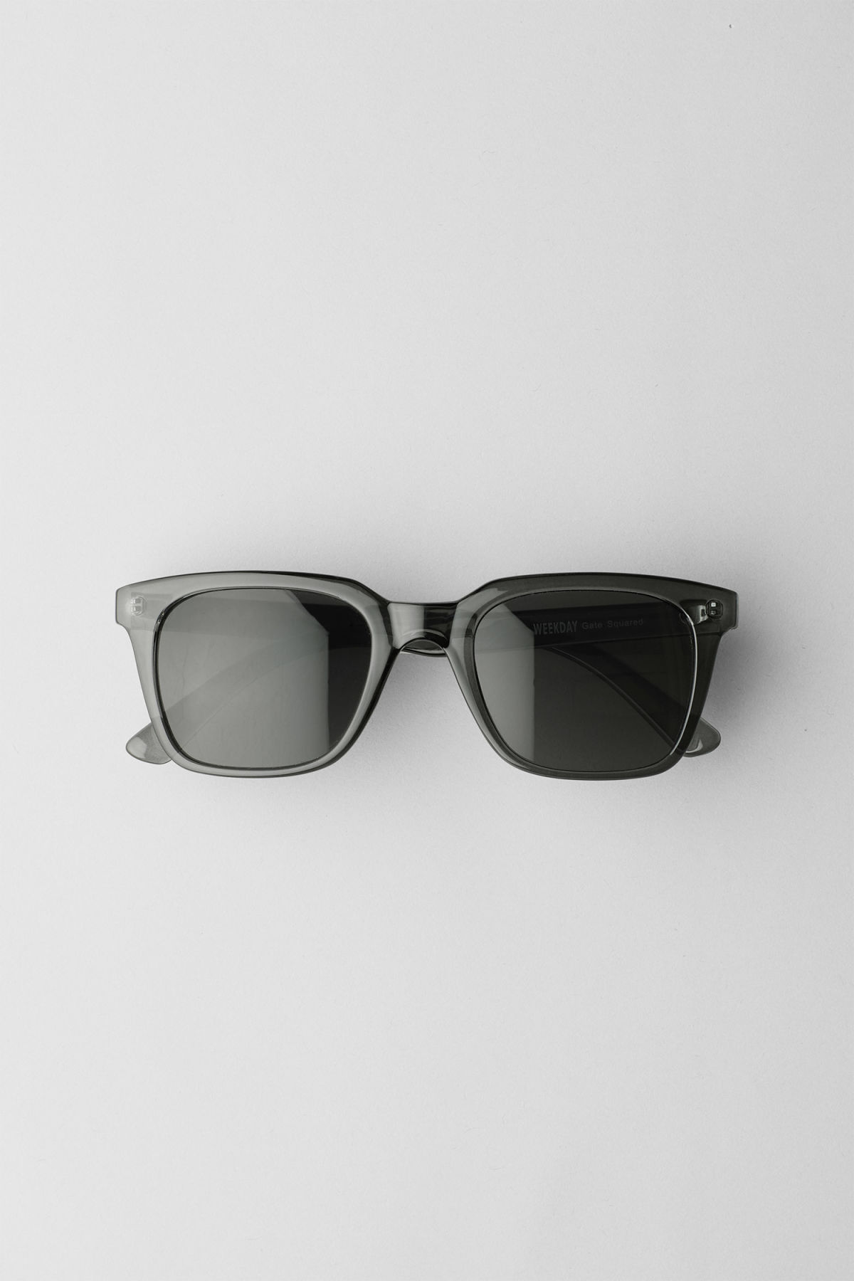 Front image of Weekday gate squared sunglasses in grey