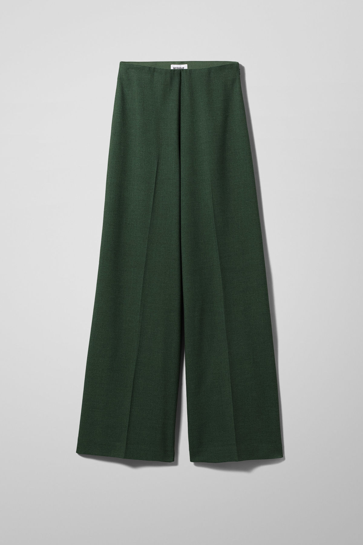 competitive price defdf 18e60 ... twill trousers in green Front image of Weekday in green ...