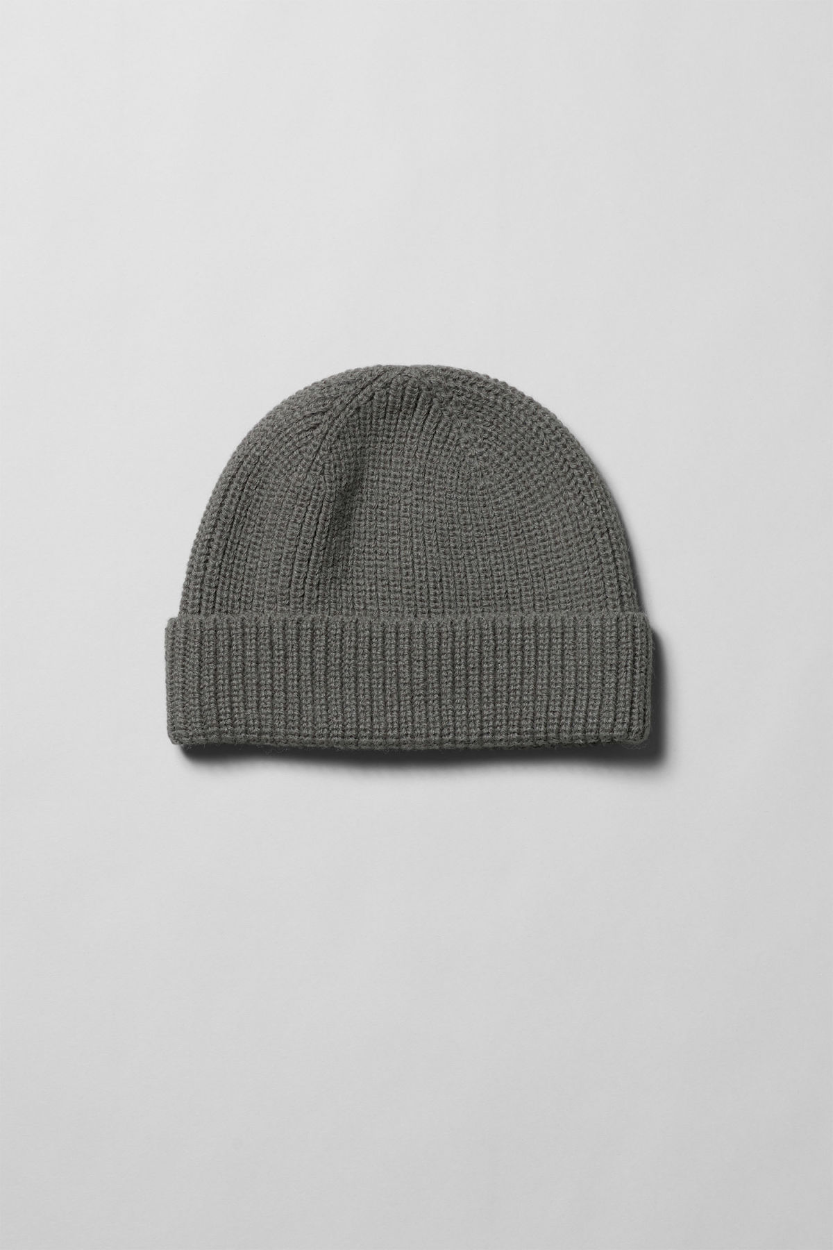 Front image of Weekday frank beanie in grey