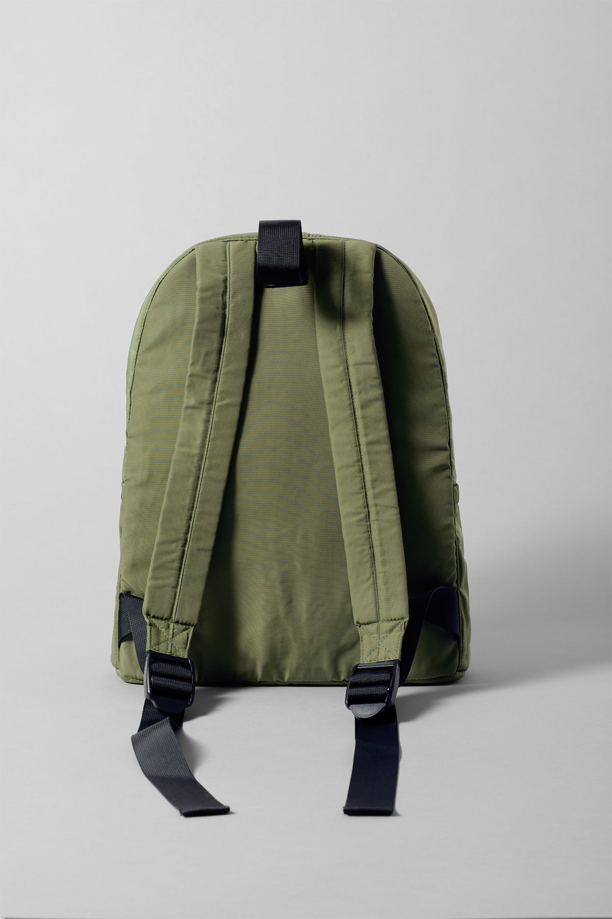 Back image of Weekday  in green