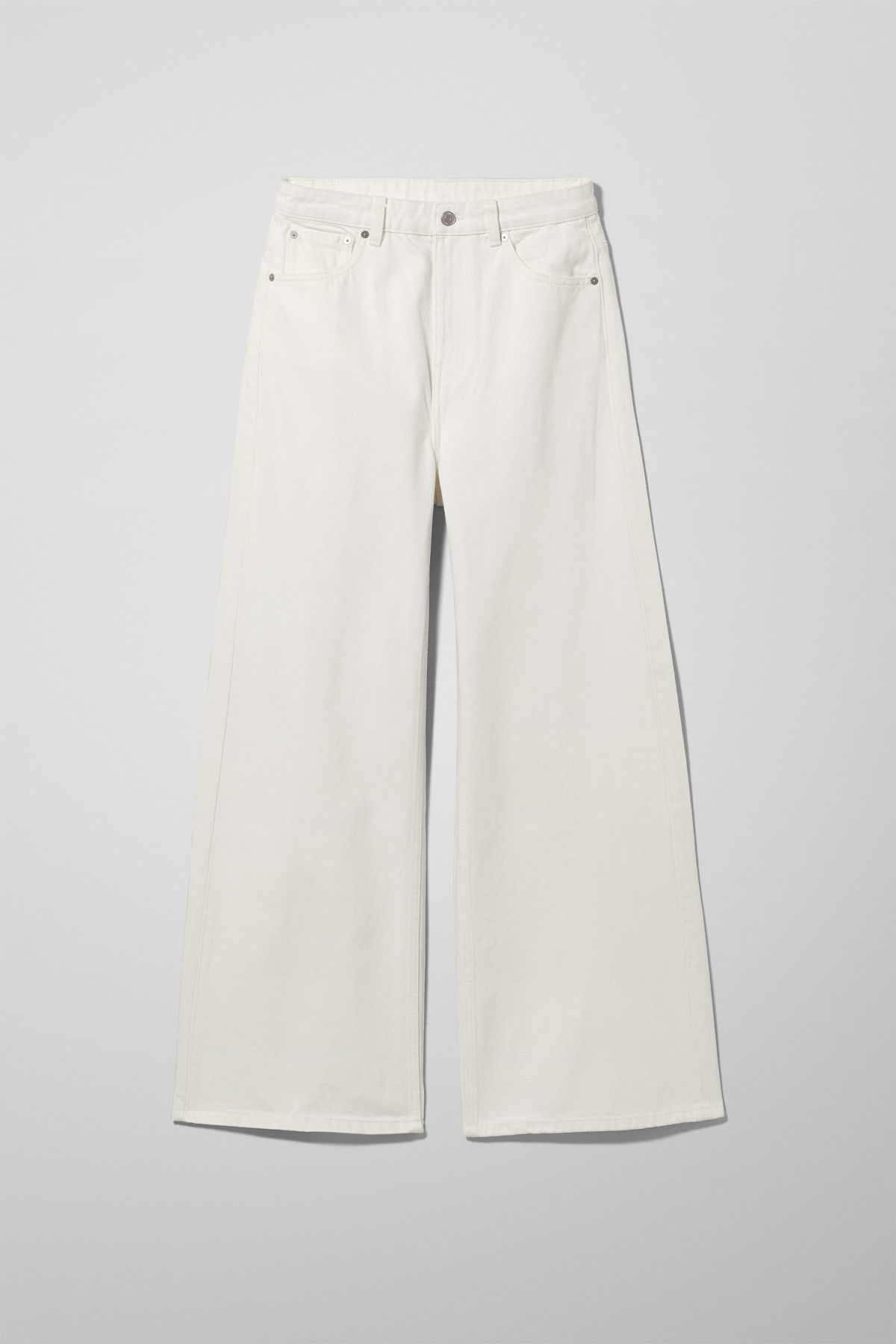 Front image of Weekday ace white jeans in white