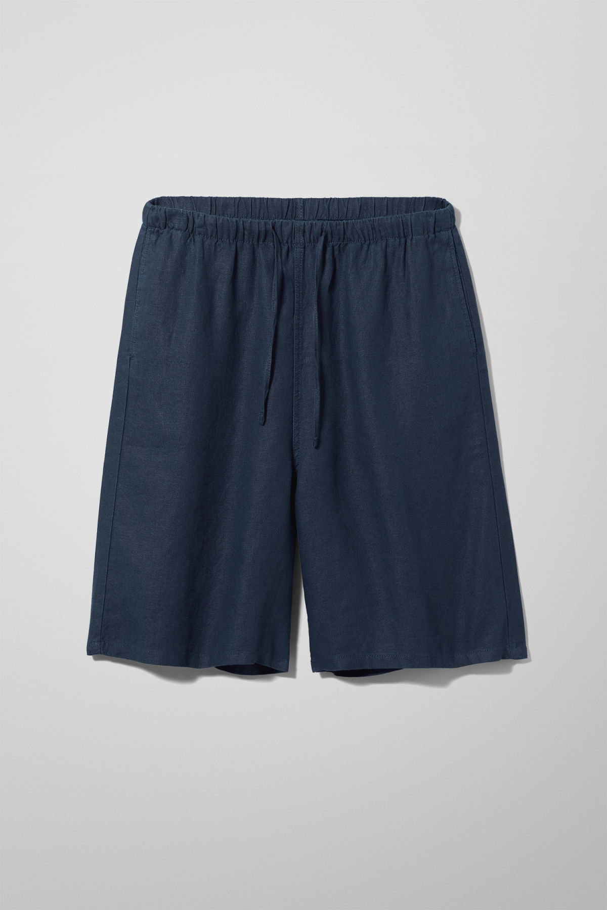 Front image of Weekday eskil linen shorts in blue