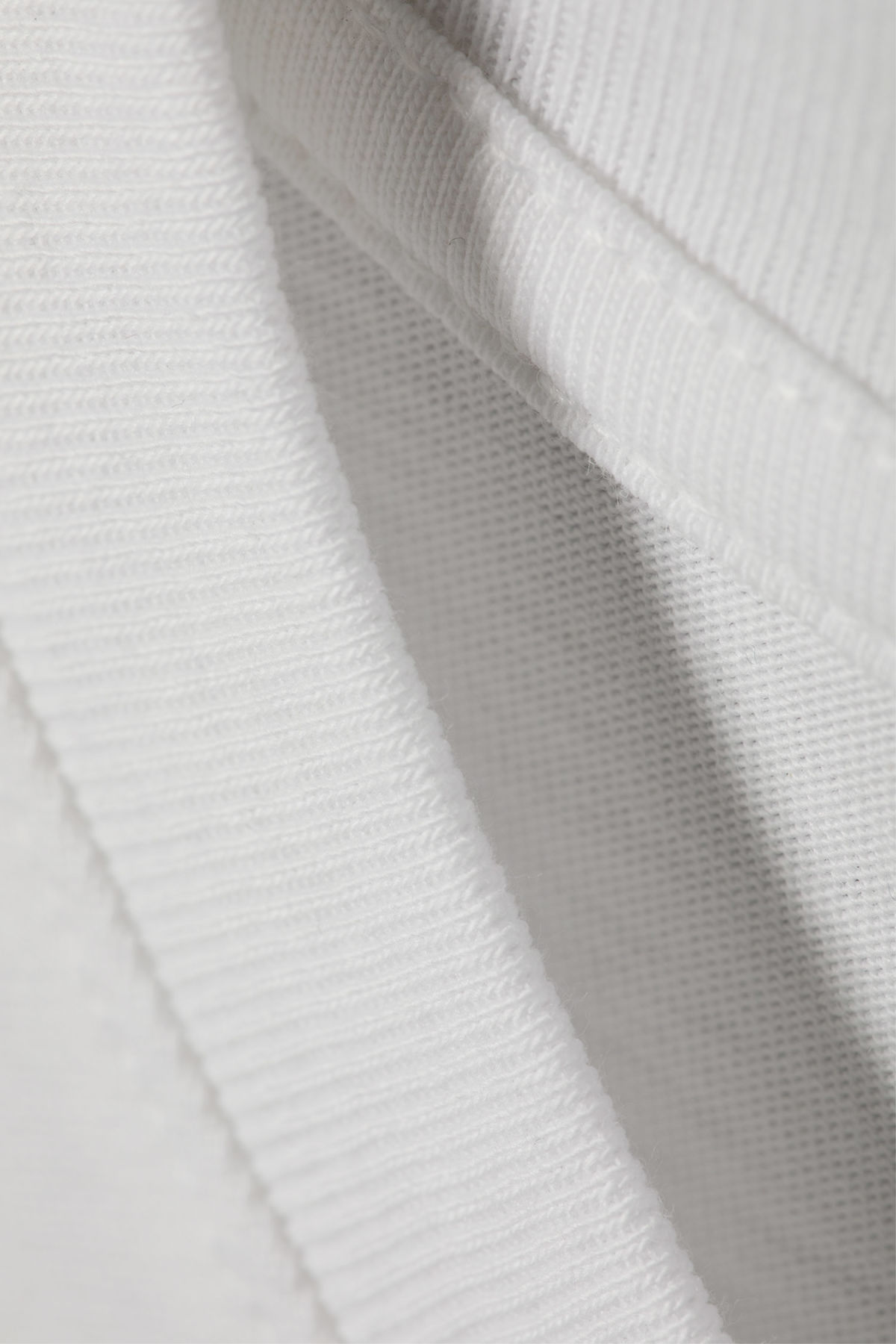Detailed image of Weekday frank t-shirt in white