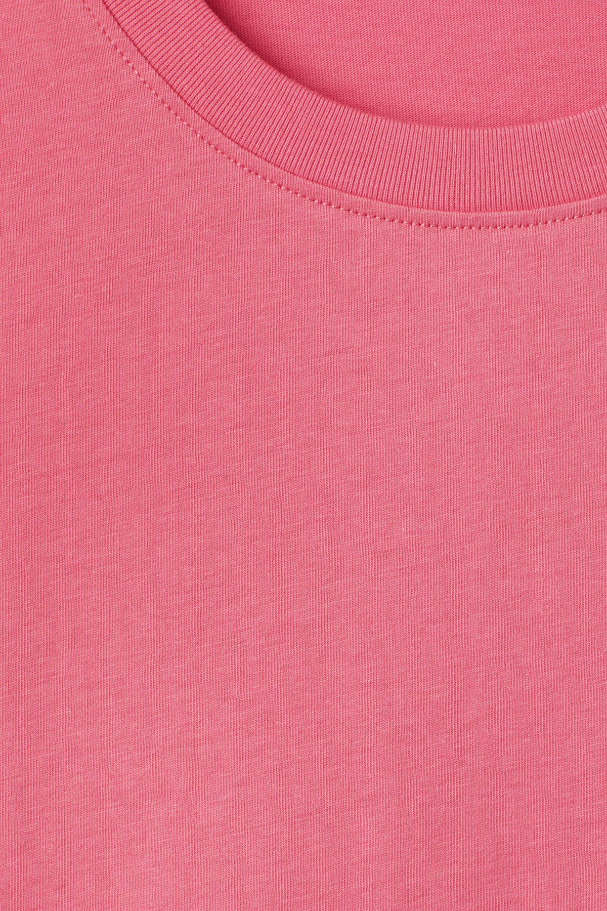 Detailed image of Weekday frank t-shirt in pink