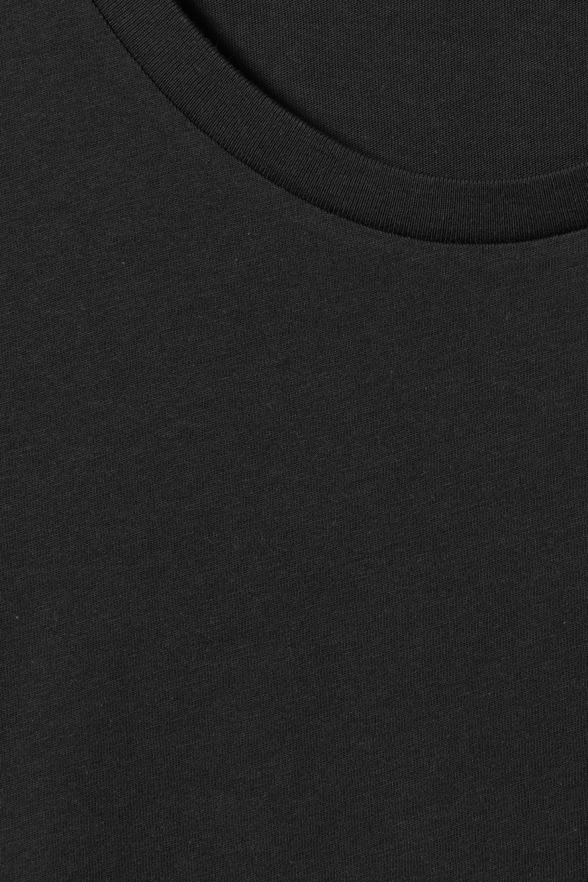 Detailed image of Weekday alex t-shirt in black