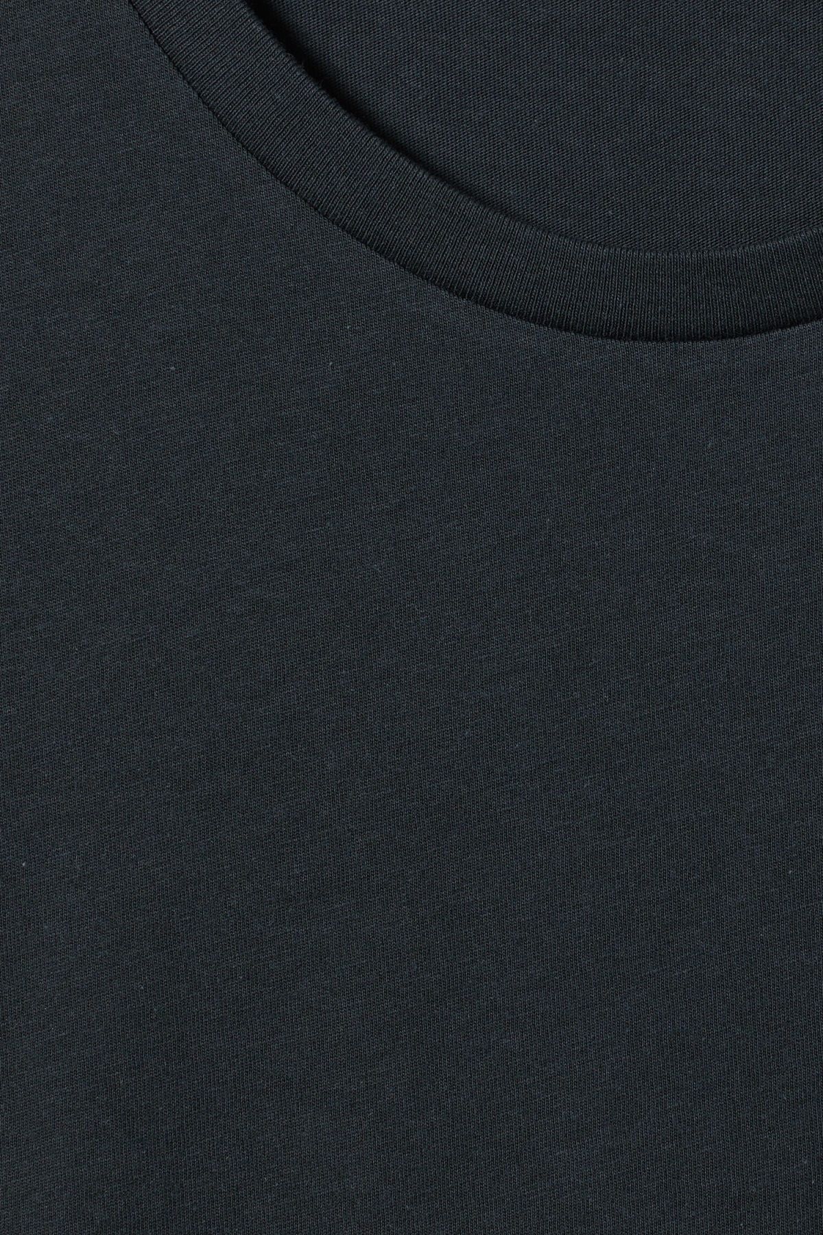 Detailed image of Weekday alex t-shirt in blue