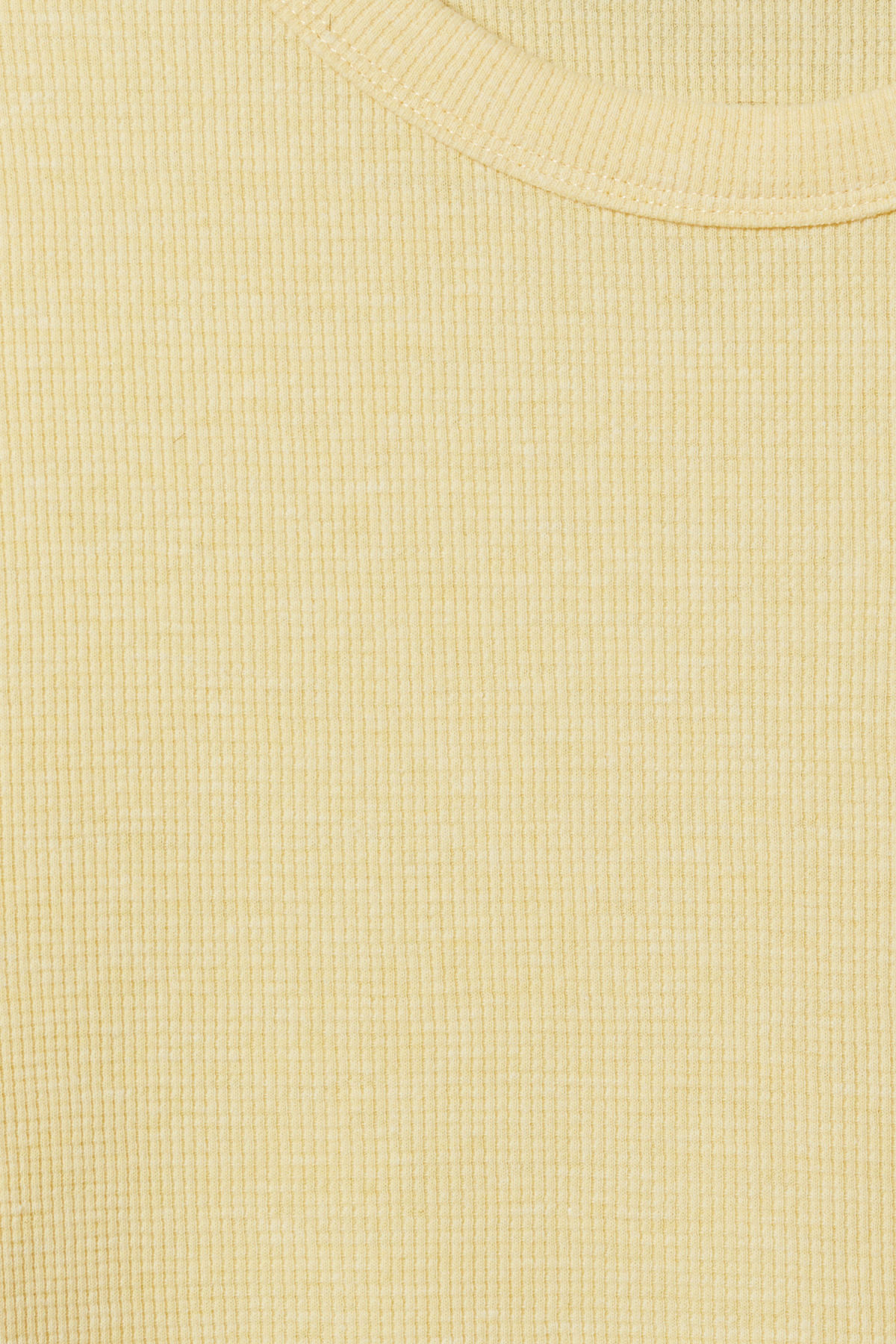 Detailed image of Weekday grinko t-shirt in yellow