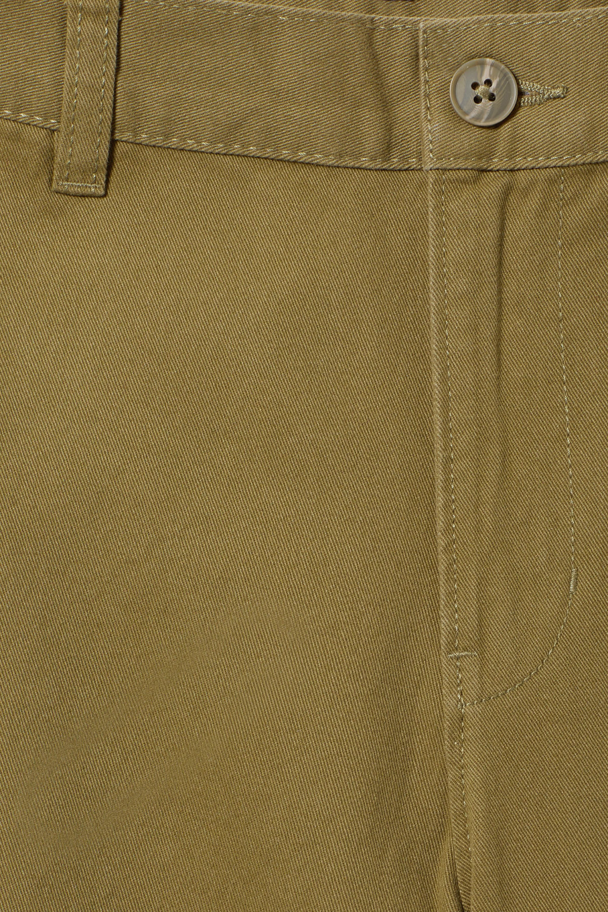 Detailed image of Weekday acid shorts in green
