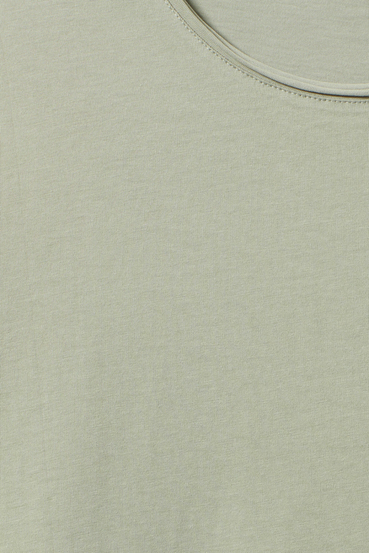 Detailed image of Weekday dark t-shirt in green