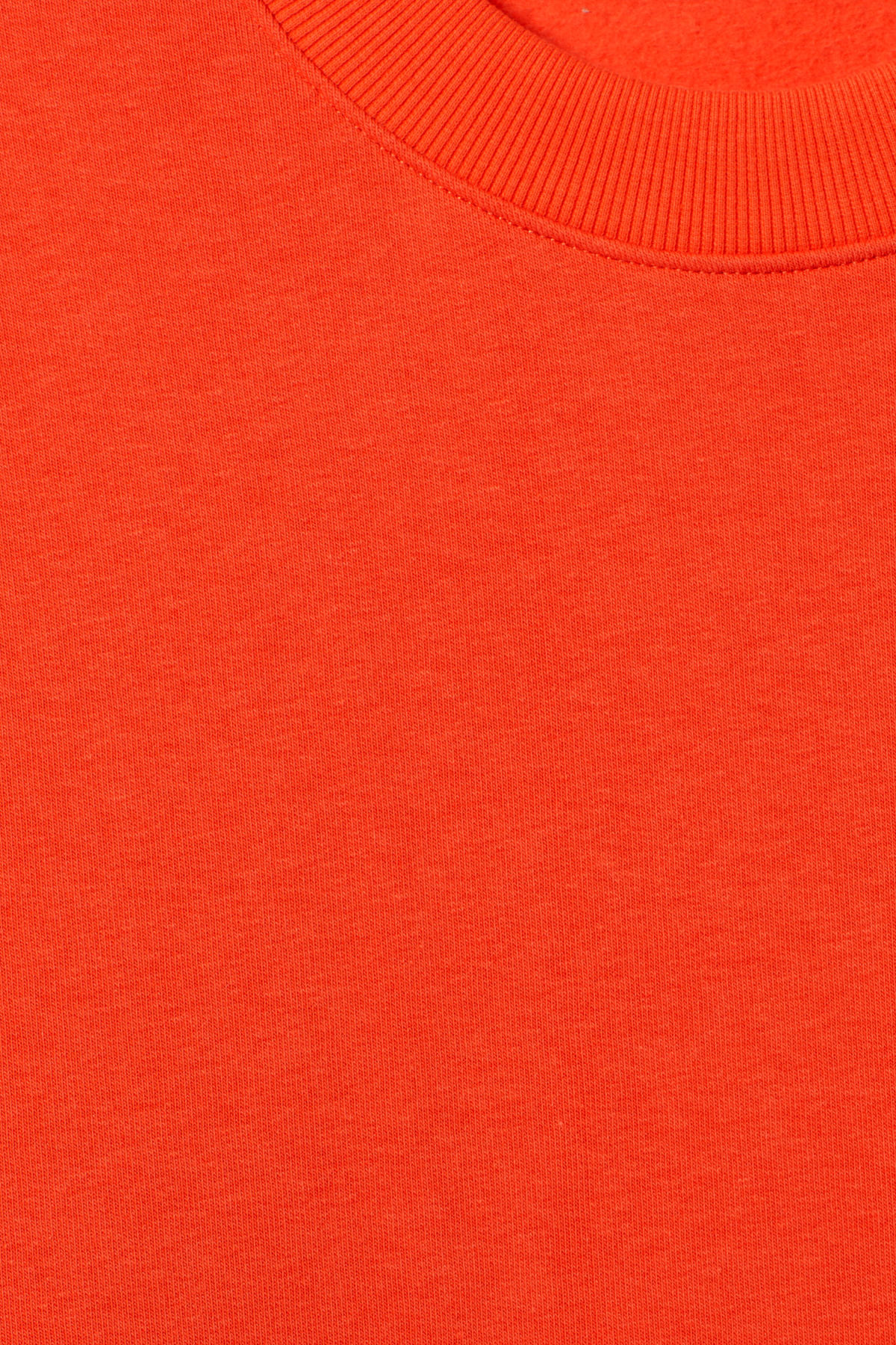 Detailed image of Weekday big steve sweatshirt in orange
