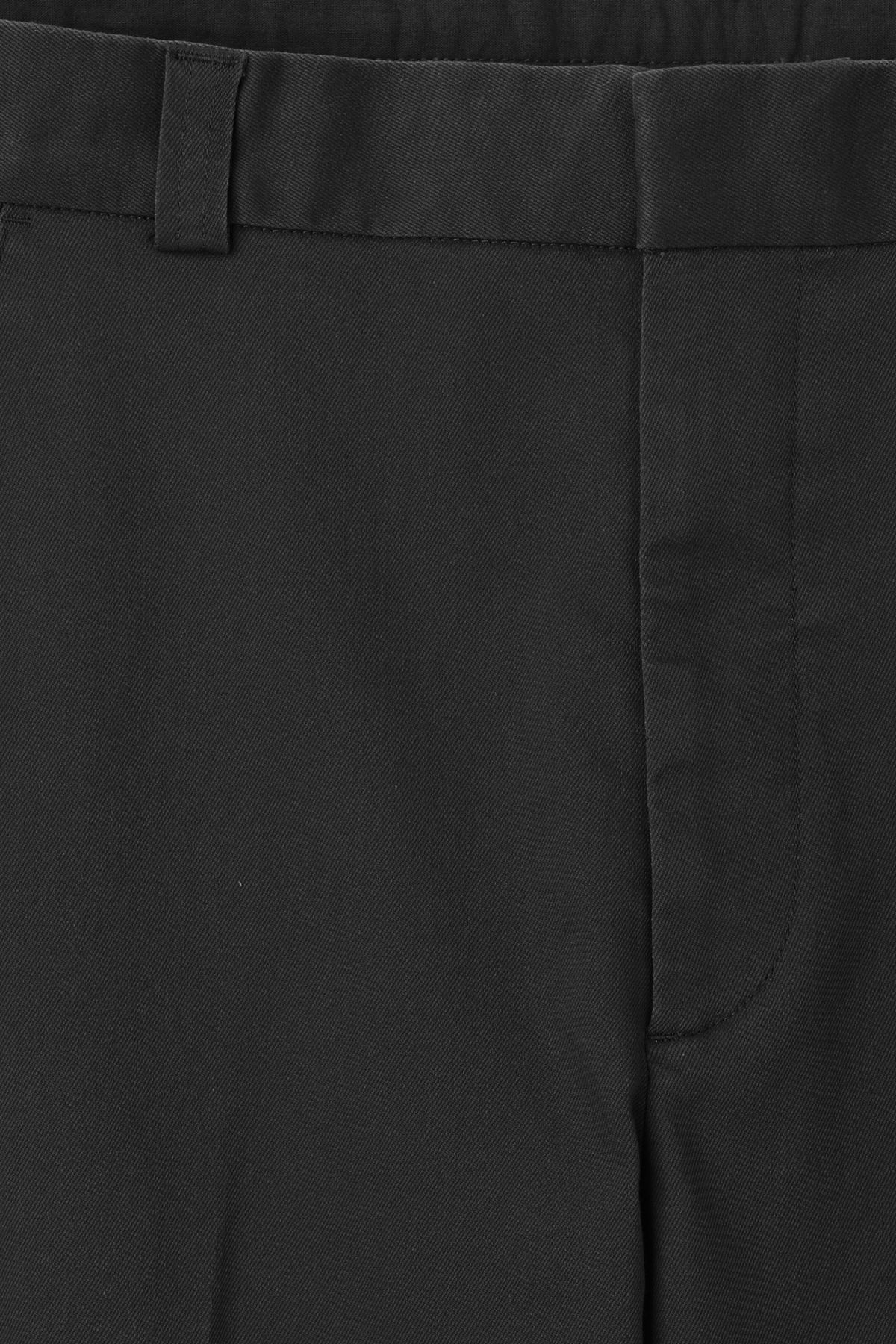 Detailed image of Weekday sergei trousers in black
