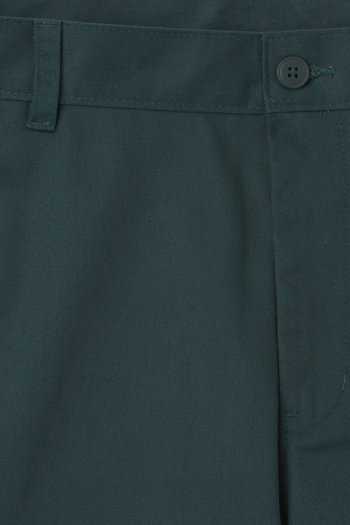 Detailed image of Weekday clark shorts in turquoise