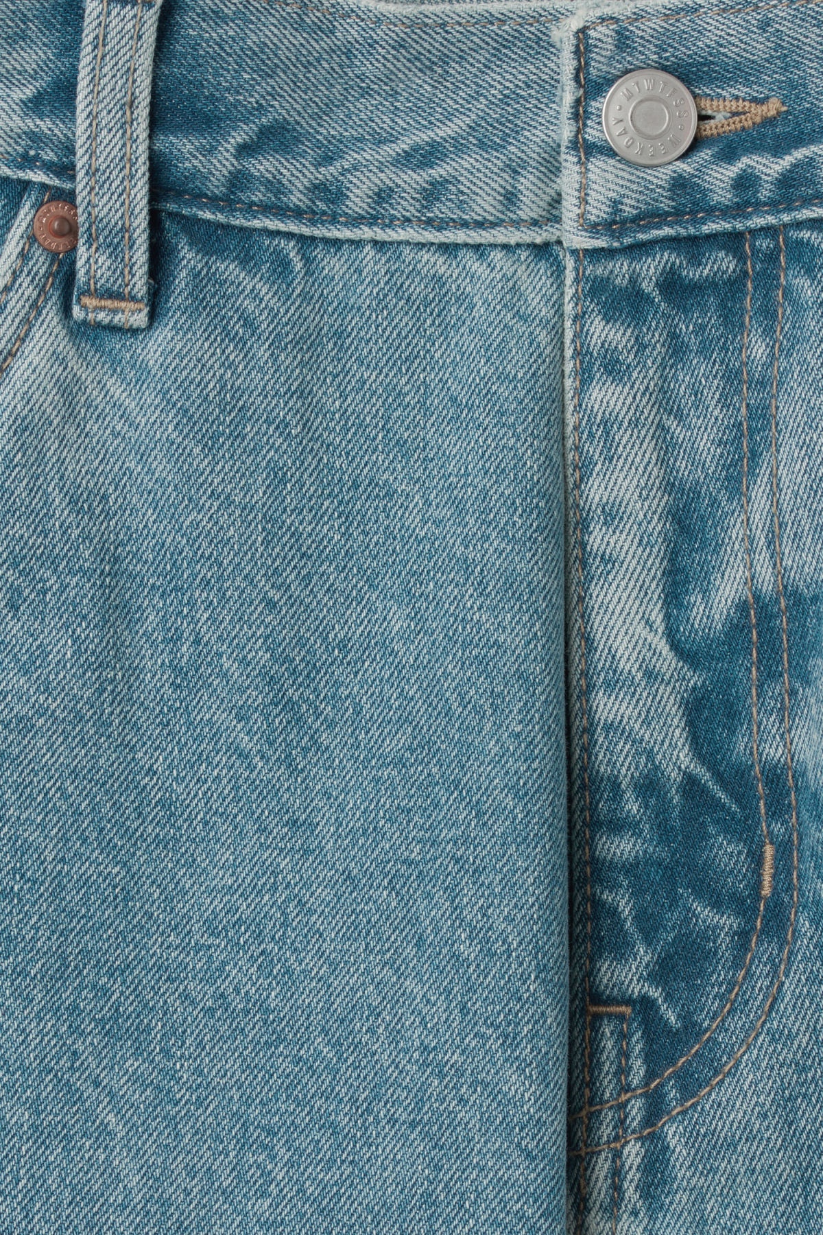 Detailed image of Weekday sunday blue trevor jeans in blue