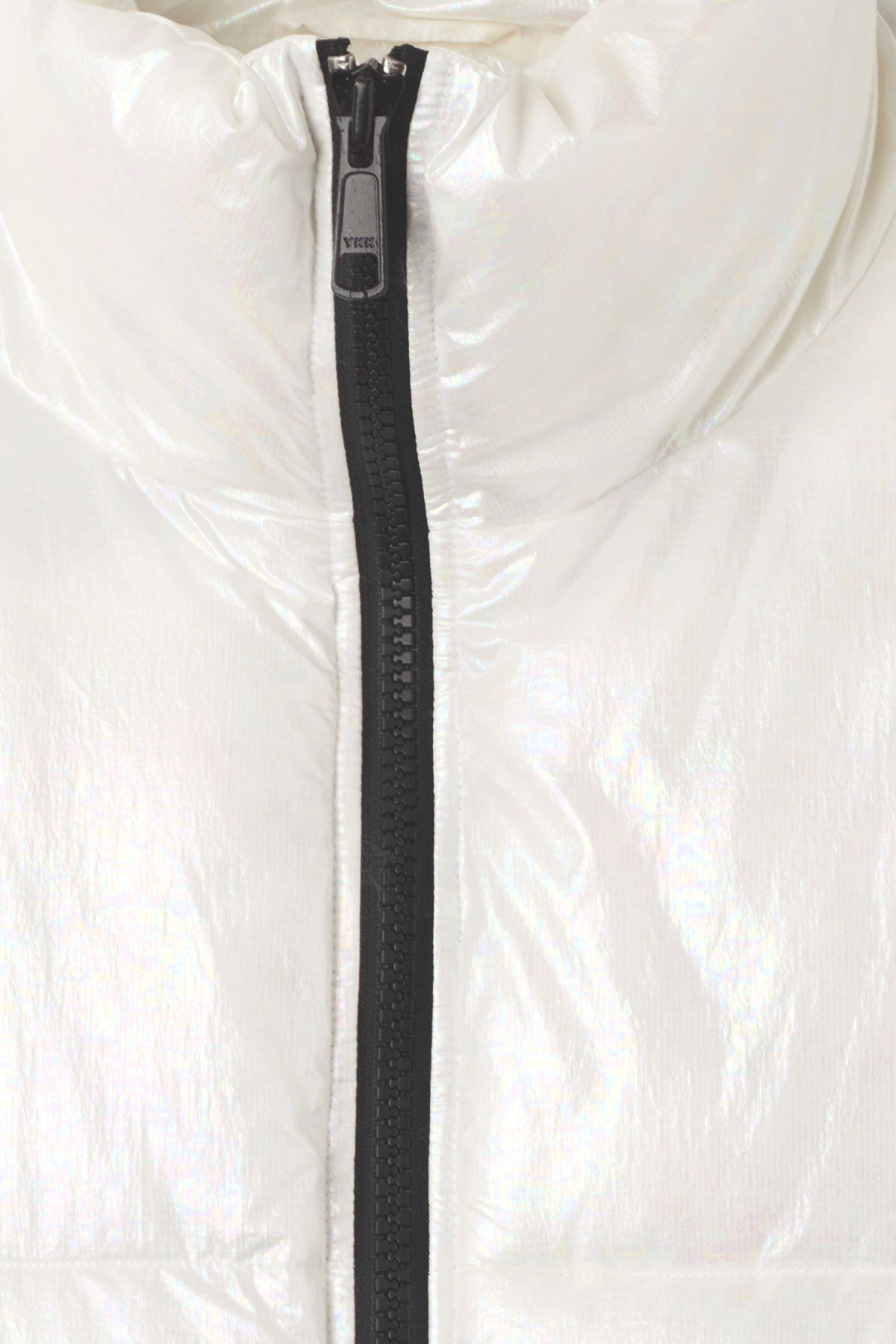 Detailed image of Weekday max jacket in white